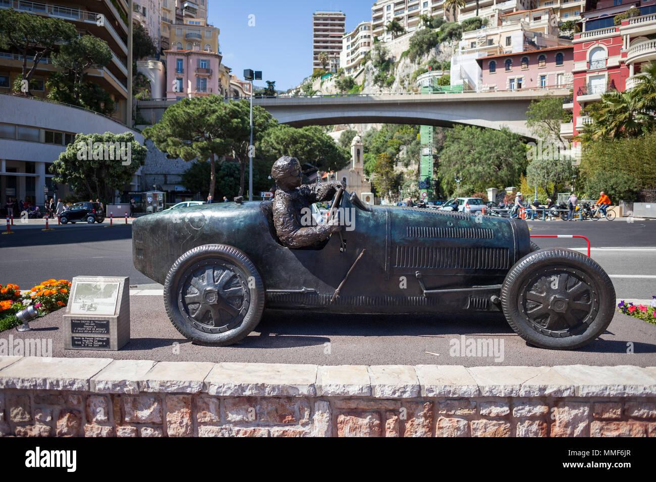 Monaco, bronze monument of William Grover (WILLIAMS) in his Bugatti 35B, winner of the first Monte Carlo Grand Prix 1929 Stock Photo