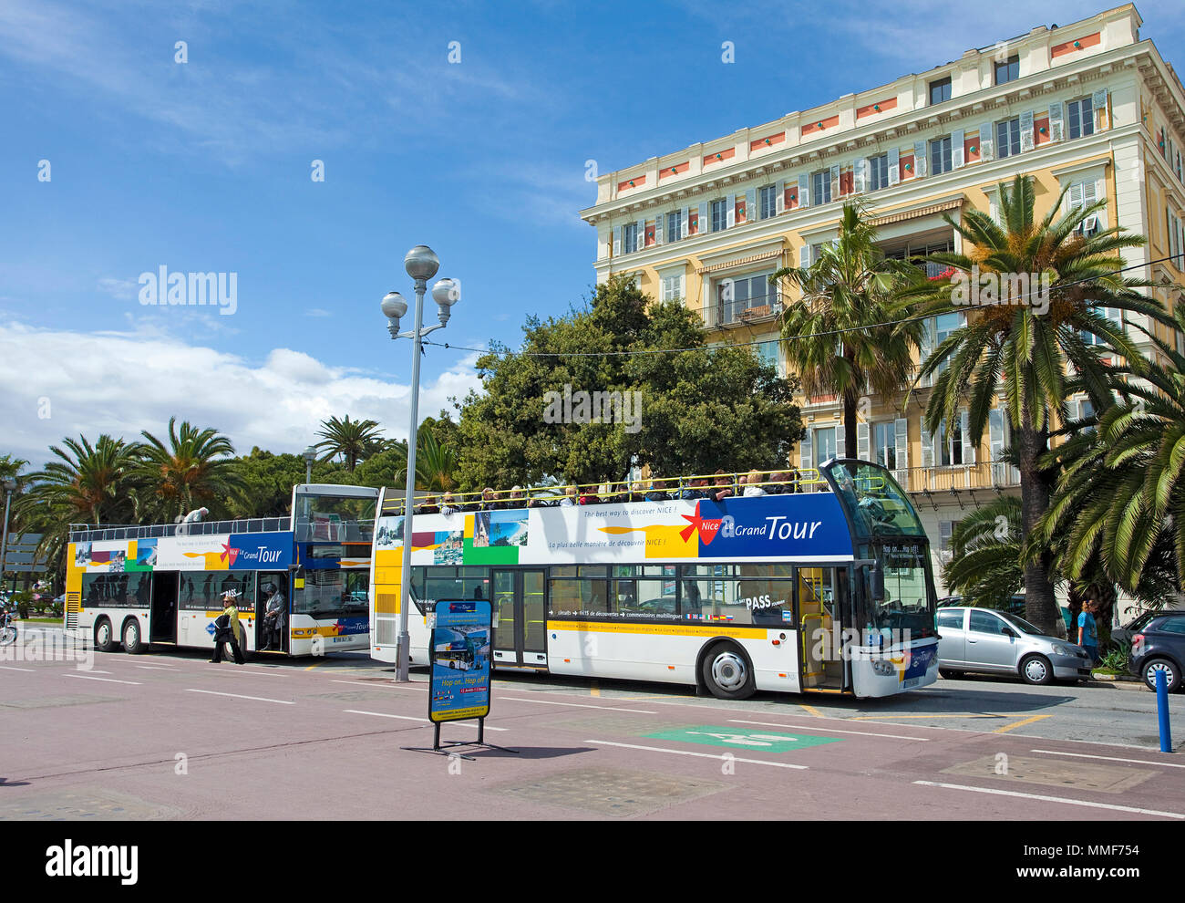 Sightseeing tour, Tourist bus at the Promenade des Anglais, Nice, Côte d'Azur, Alpes-Maritimes, South France, France, Europe - Stock Image