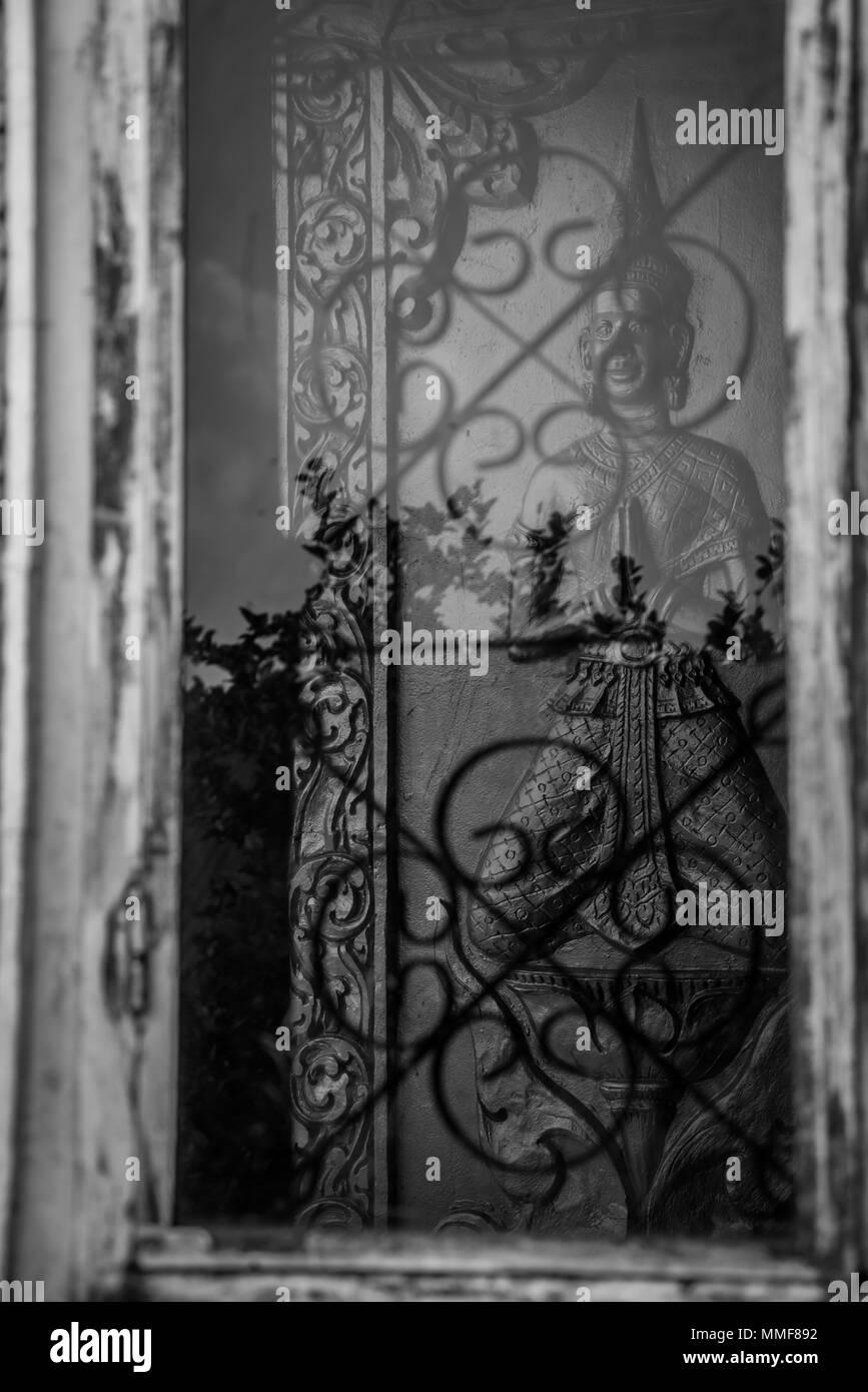Tian Tan Buddha - The worlds's tallest bronze image in Lantau Island, Hong Kong. Vintage filter - Stock Image