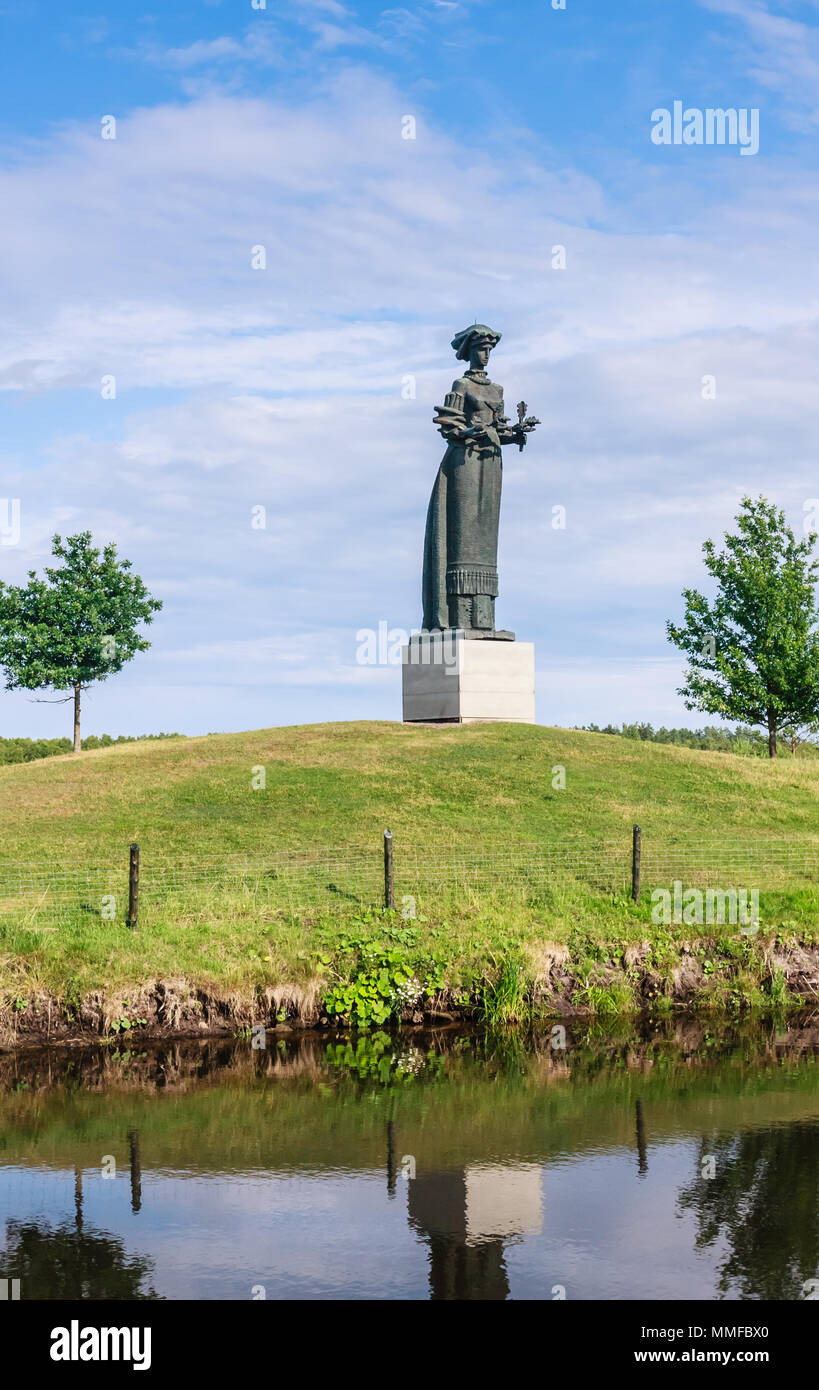 Sculpture 'Kryzkalnis Skye's mother.' Grutas Park. Lithuania - Stock Image