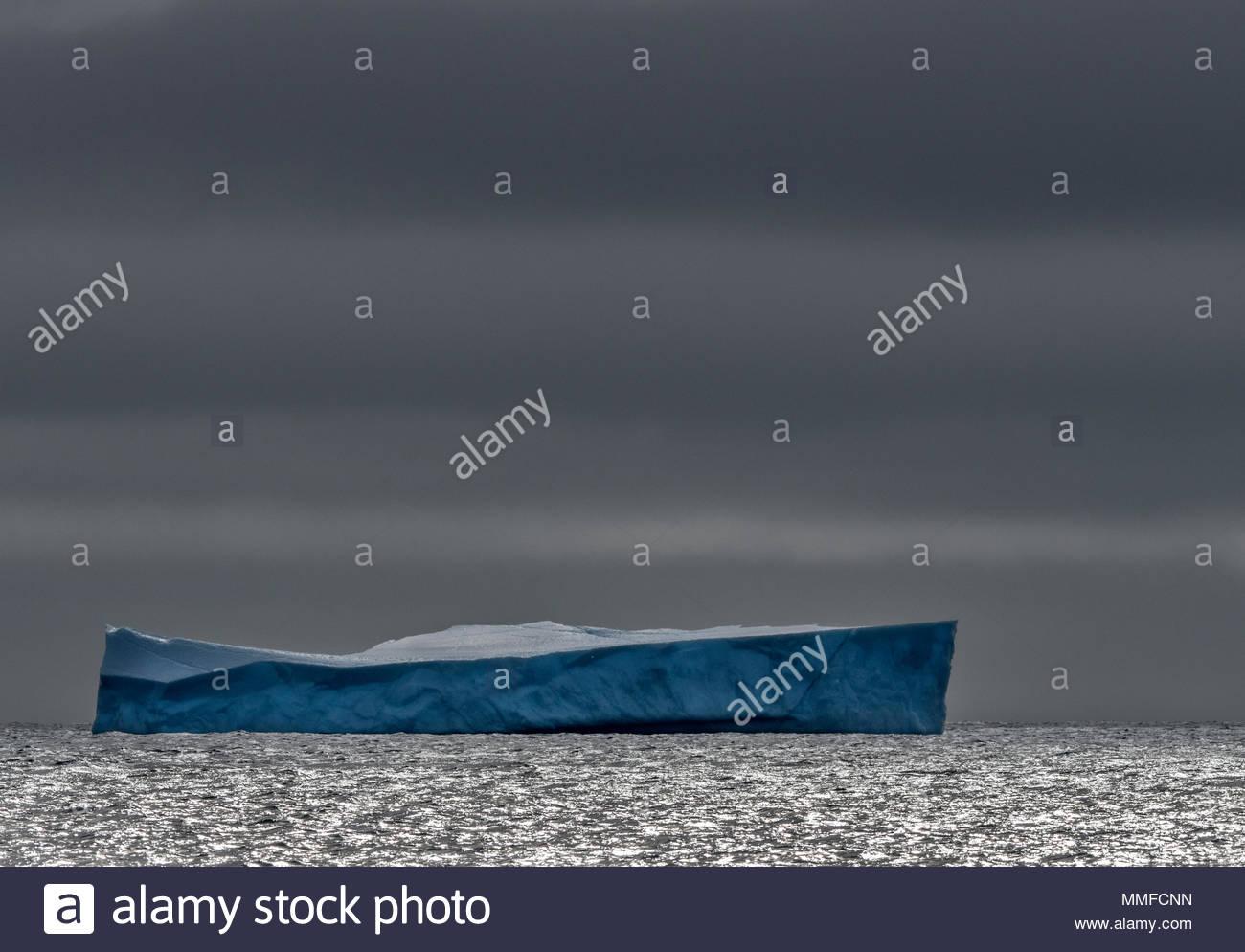 A lone iceberg in Nunavut, Canada. - Stock Image