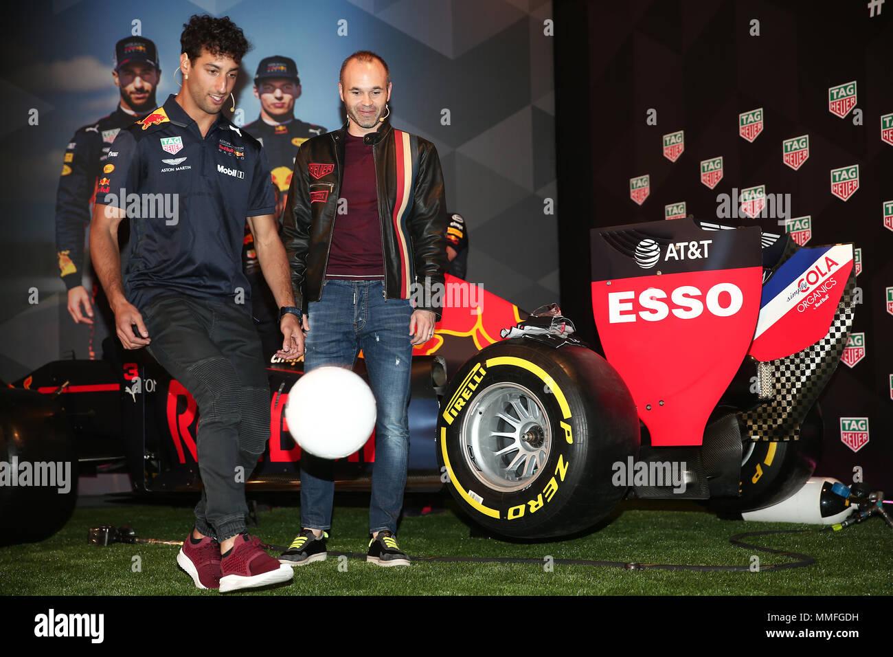 Barcelona -10th May 2018- SPAIN: Daniel Ricciardo and Andres Iniesta during the Aston Martin Red Bull Racing TAG Heuer, in Barcelona, on 5th May 2018. Photo: Joan Valls/Urbanandsport/Cordon Press - Stock Image