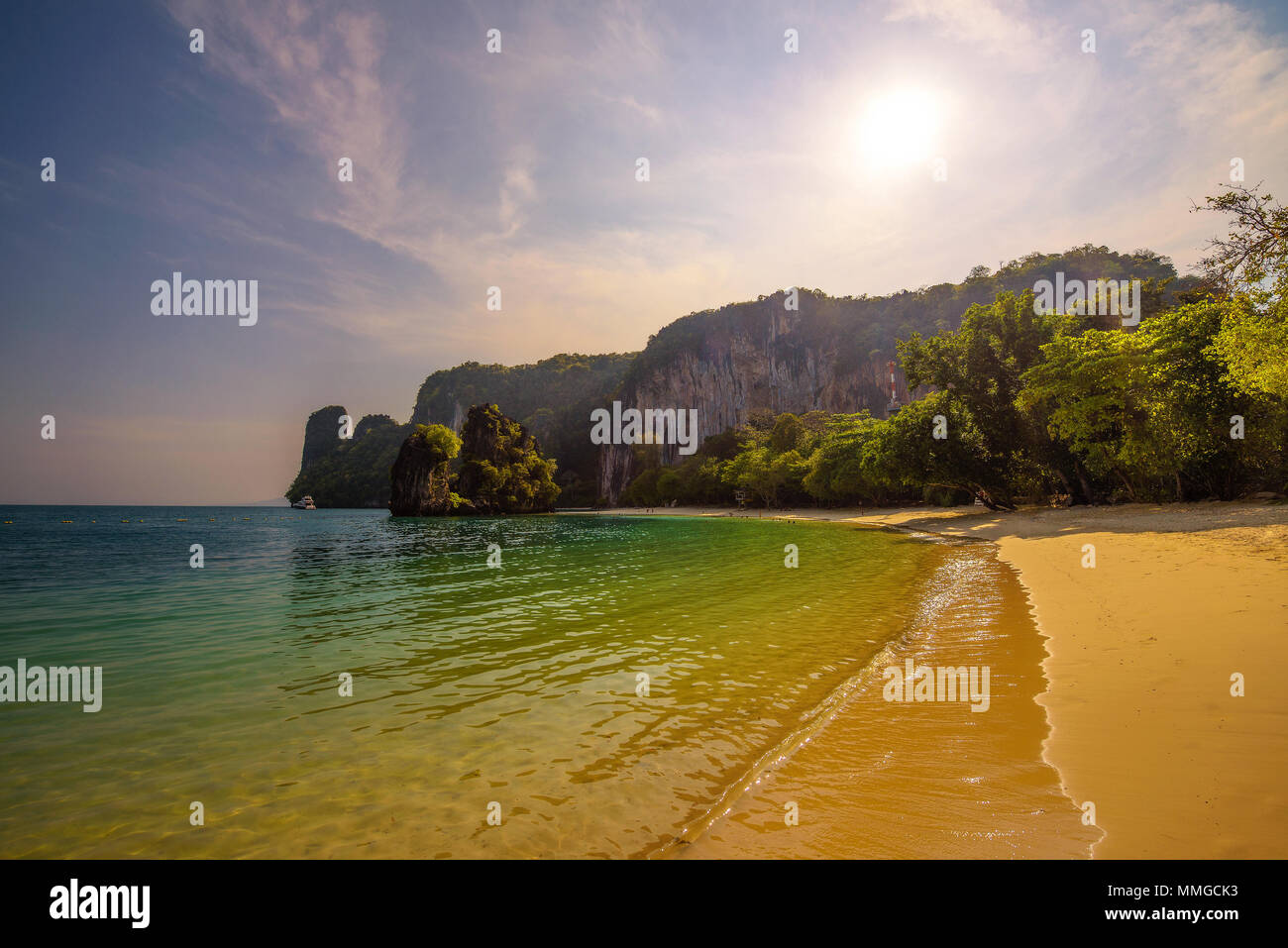 Beach on the Koh Hong island in Thailand - Stock Image