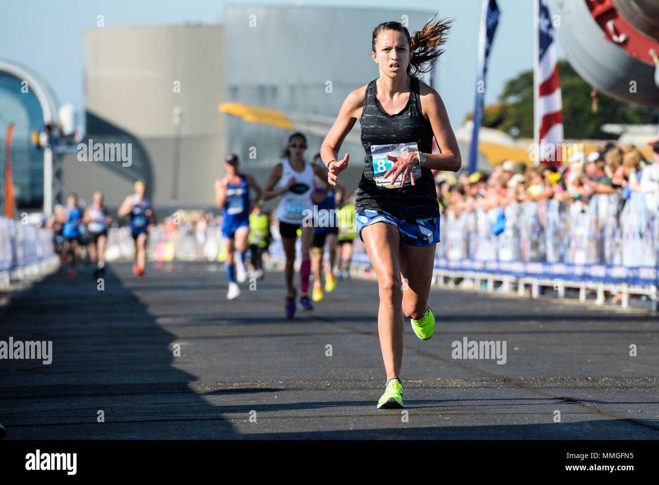 huge selection of 0c227 29218 Af Marathon Stock Photos & Af Marathon Stock Images - Page 2 ...