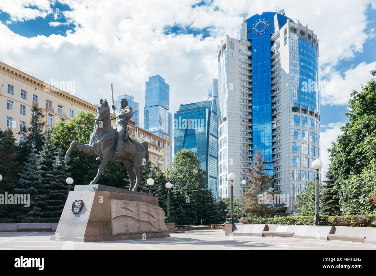 Moscow, Russia - June 24, 2017: Monument to the commander Bagration in Moscow against the background of modern skyscrapers Moscow City - Stock Image