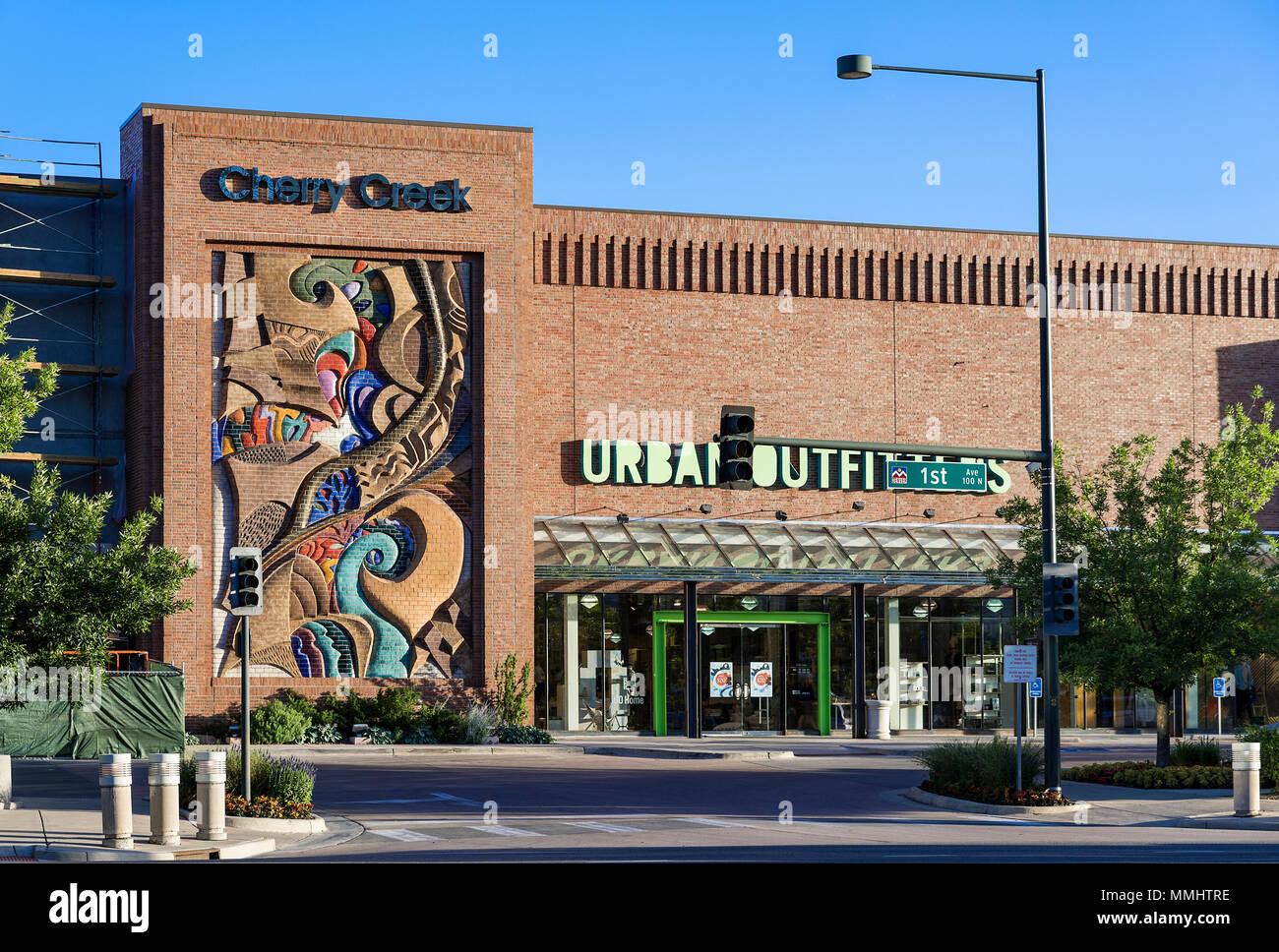 Cherry Creek Mall, Denver, Colorado, USA. - Stock Image
