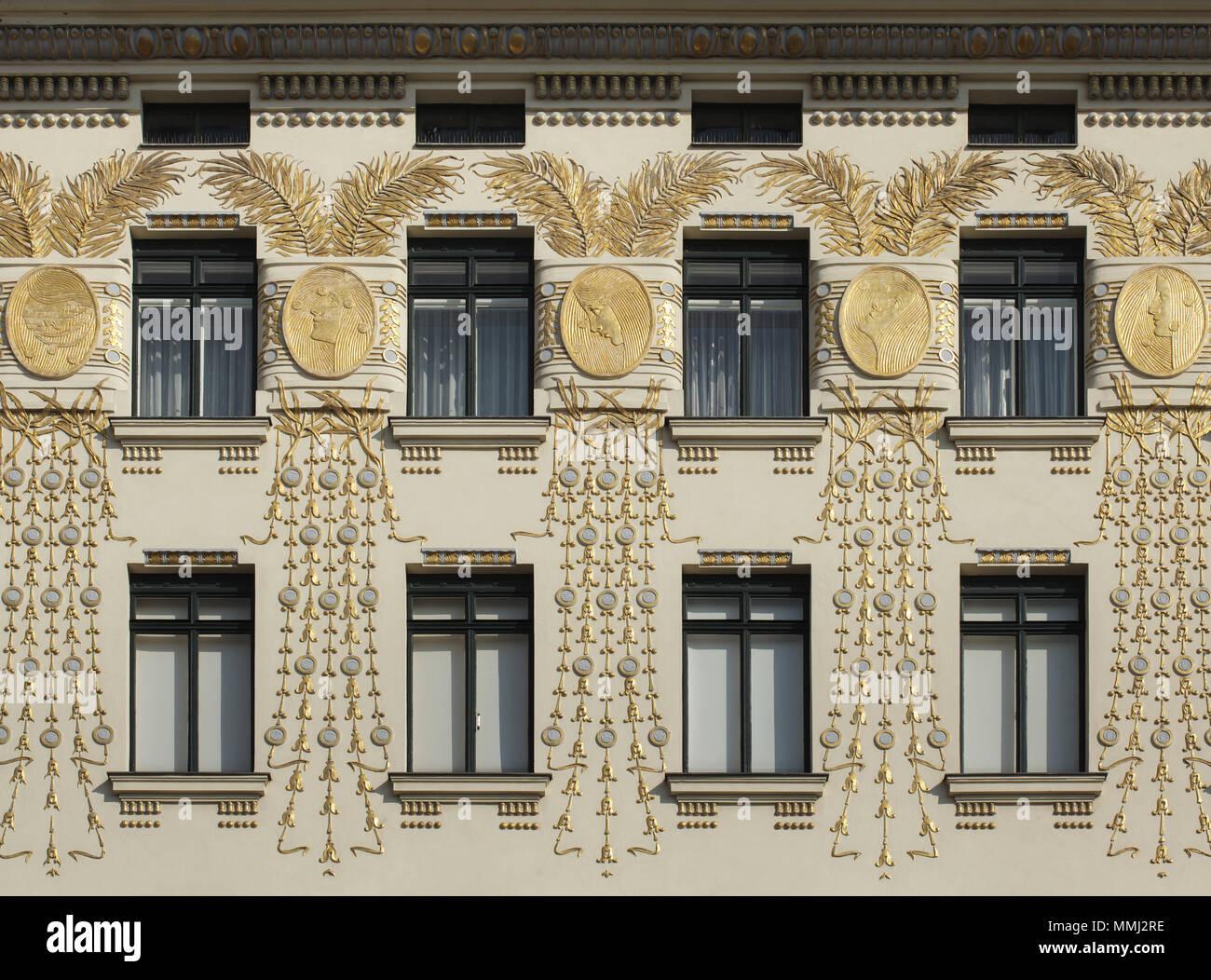 Wienzeilenhaus Vienna Line House Also Known As The Musenhaus