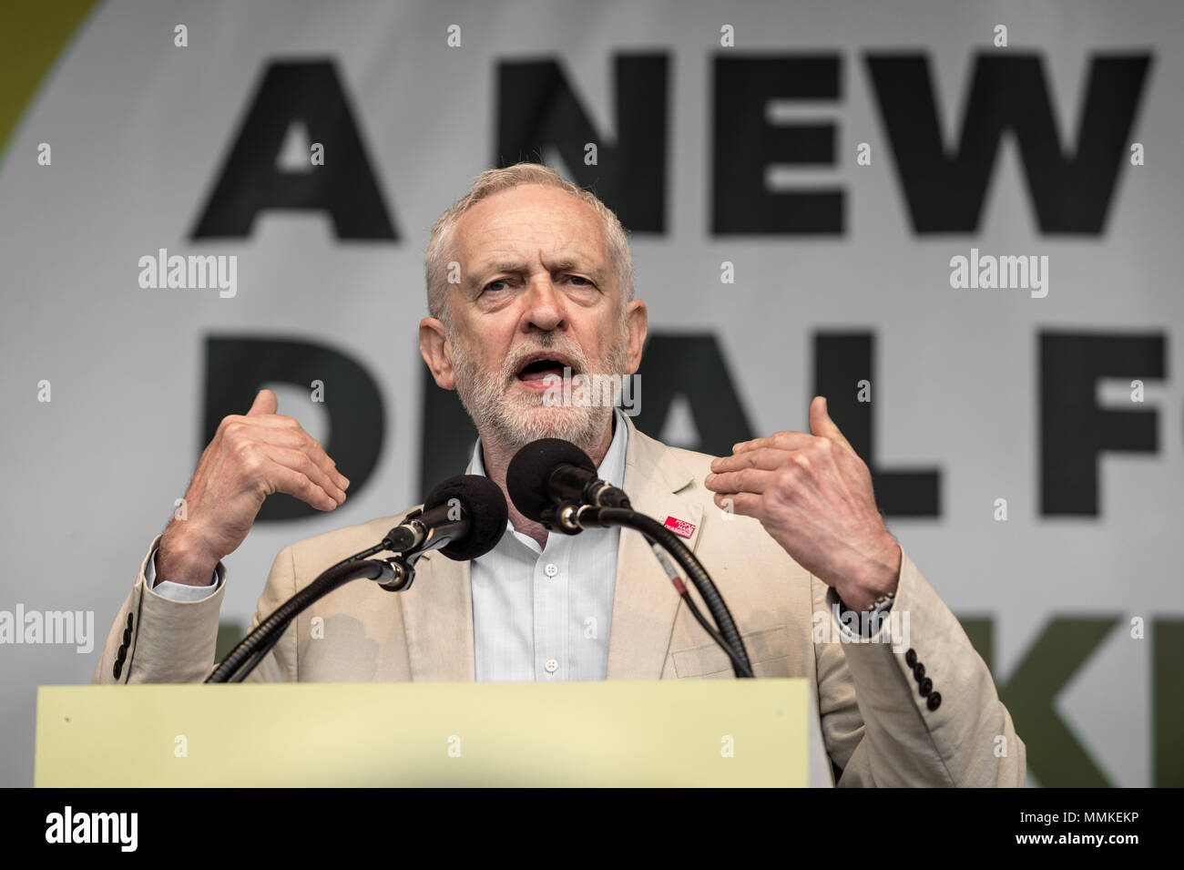 London, UK. 12th May, 2018. Jeremy Corbyn, The Labour Party leader, speaks to a crowd of  thousands of trade unionists during a TUC rally in Hyde Park on the theme of 'a new deal for working people'. Credit: Guy Corbishley/Alamy Live News - Stock Image