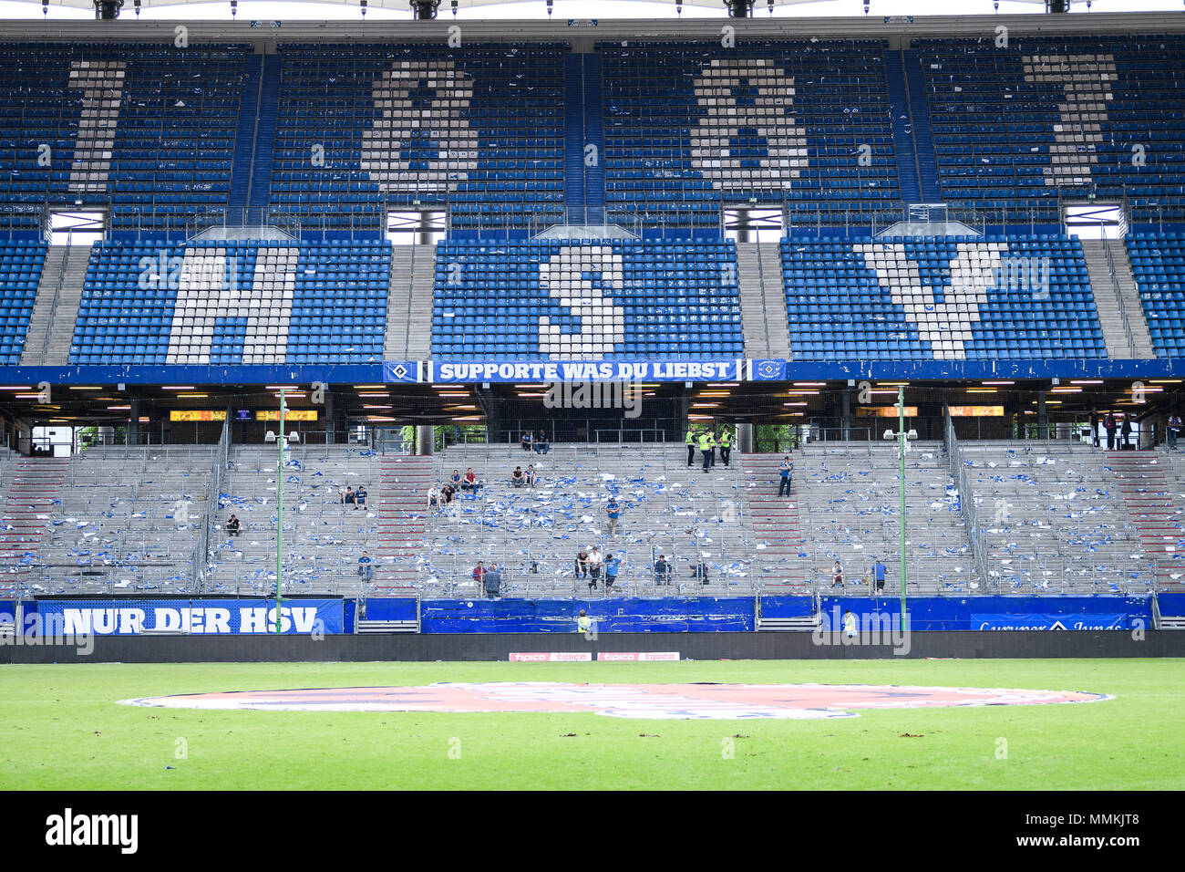 Hamburg Deutschland 12th May 2018 The Abandoned Fan Block After The Descent Ges Soccer 1 Bundesliga Hsv Hamburg Hamburg Hamburg Borussia Monchengladbach 12 05 2018 Football Soccer 1st League Hsv Hamburg Hamburg Hamburg Vs Borussia