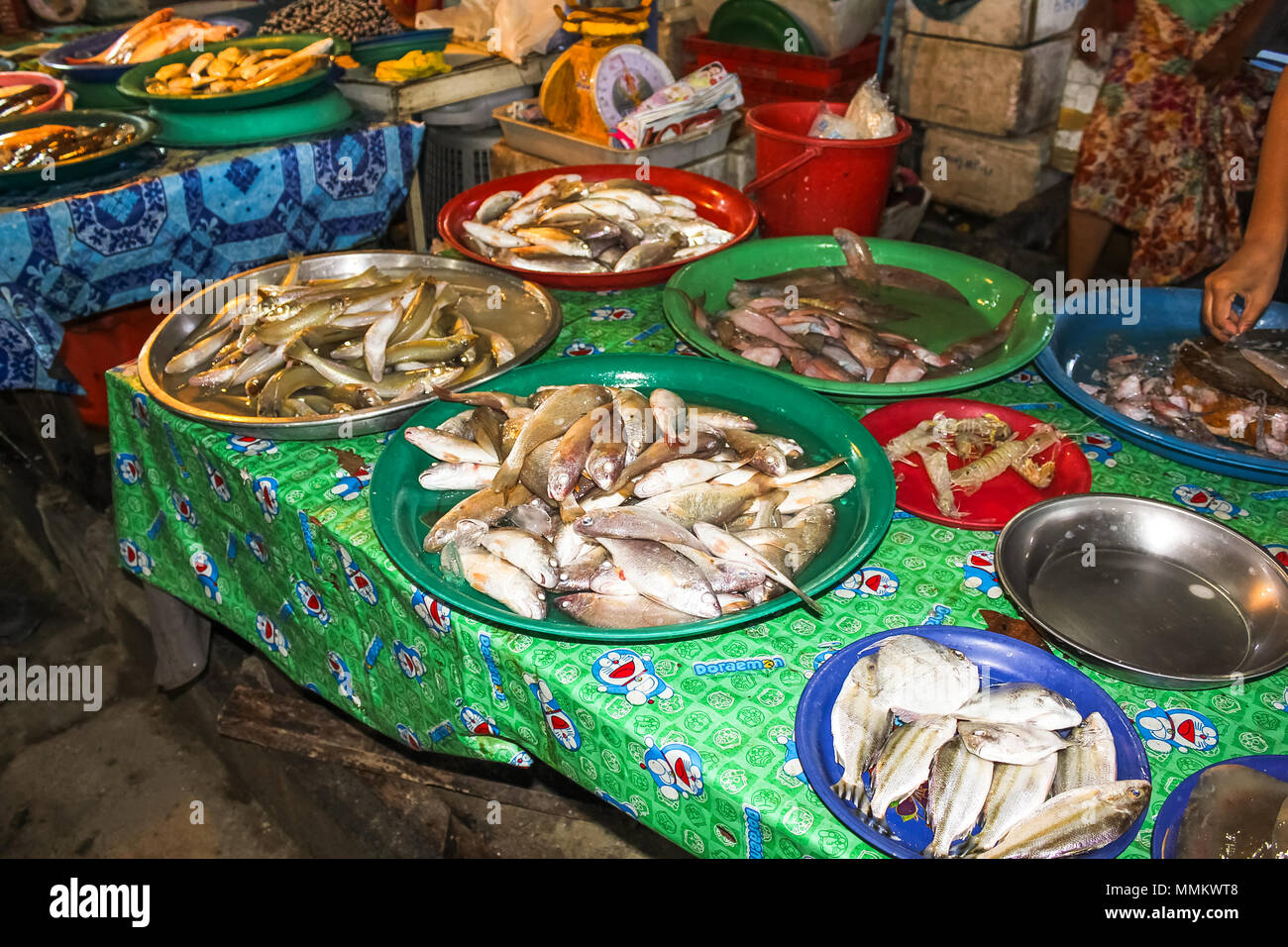 Chiang Mai, Thailand - August 5, 2011: Different kind of fishes,crustaceans and shellfishes in the famous Sunday night market in town - Stock Image