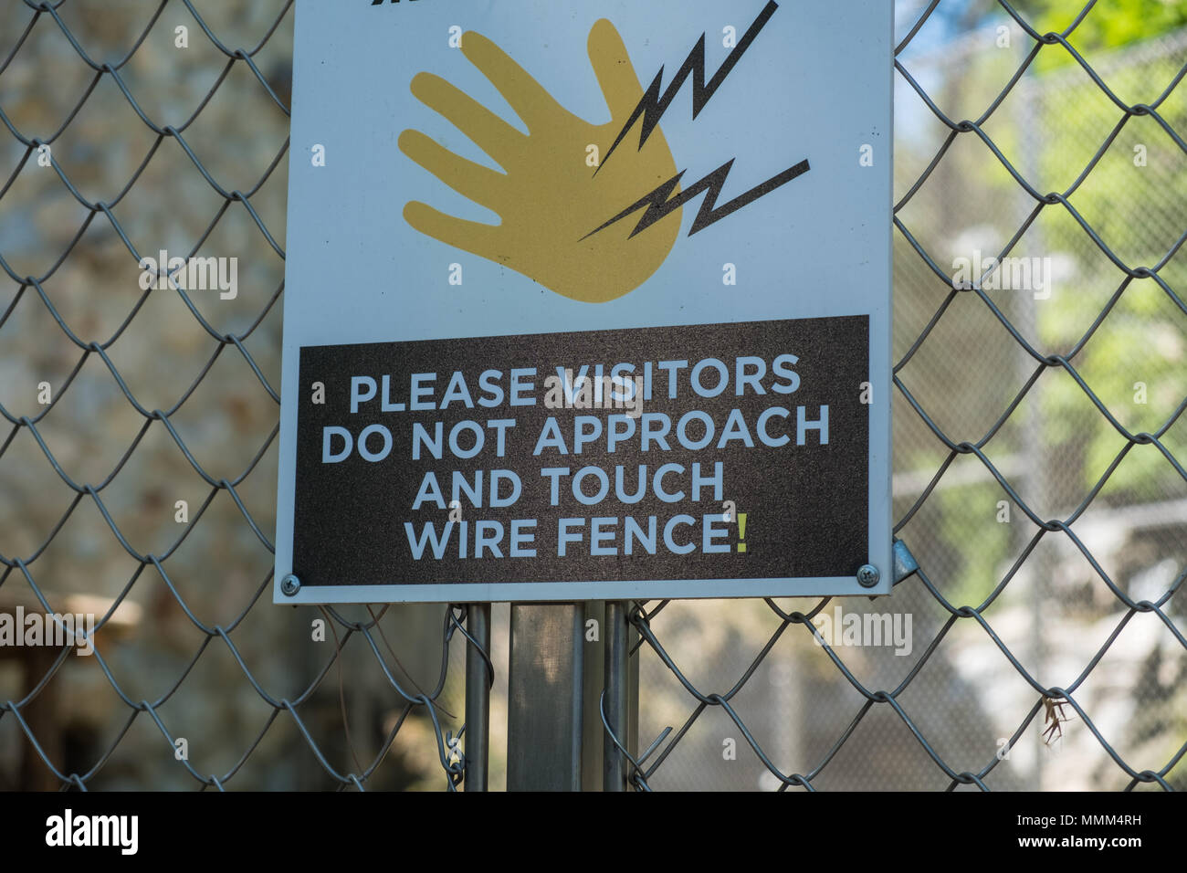 An Electrified Wire Schematic Wiring Diagram Mile 14gauge Galvanized Electric Fence Wire317774a The Home Depot Stock Photos Images Alamy Rh Com Woven Barb Safety