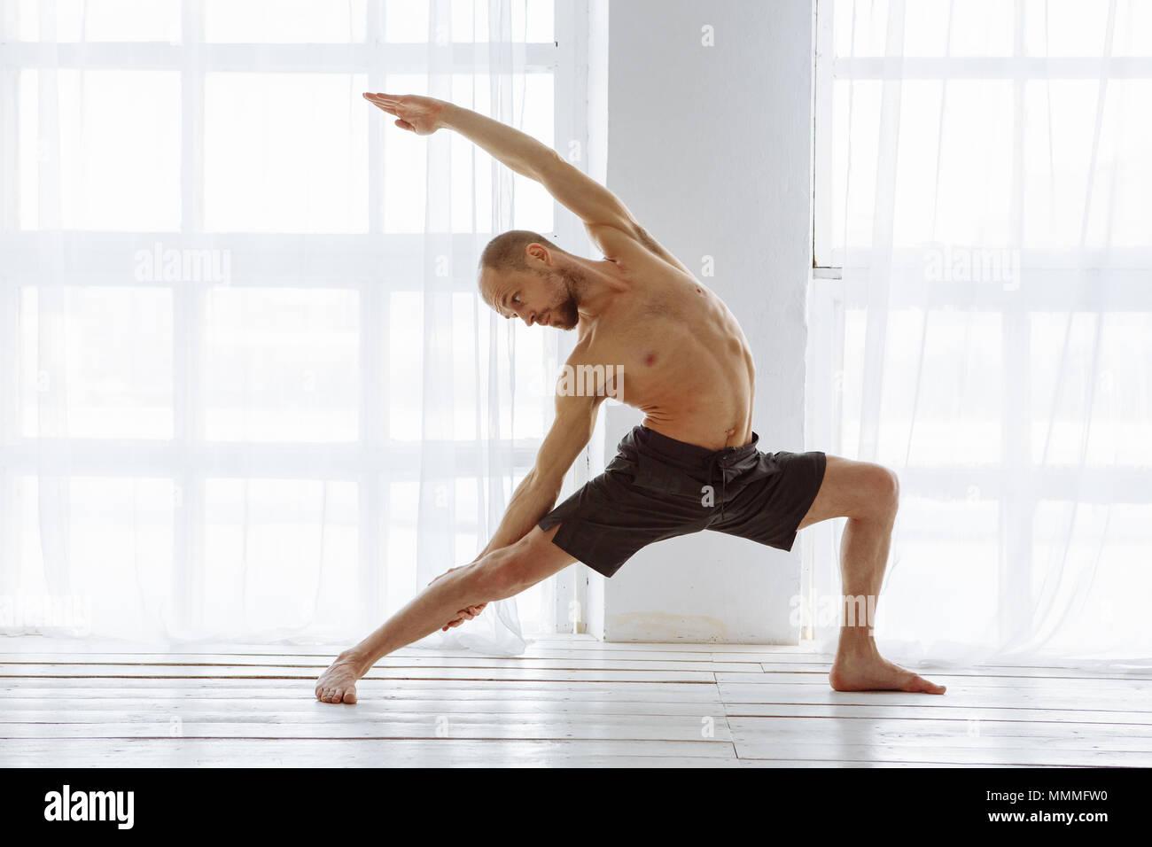 Advanced Yoga Stock Photos & Advanced Yoga Stock Images - Alamy