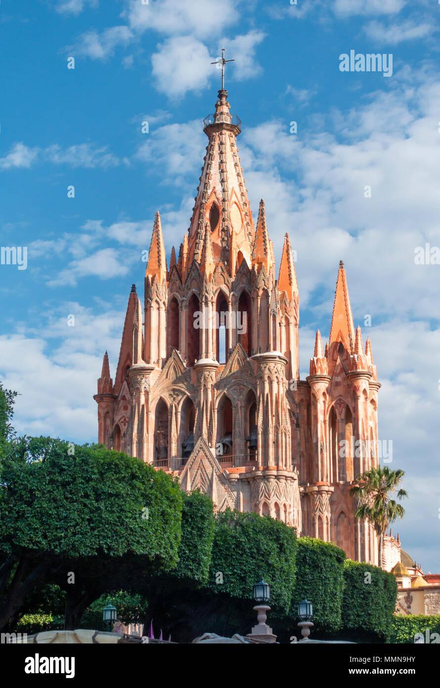 La Parroquia de San Miguel Arcángel in San Miguel de Allende, Mexico Stock Photo