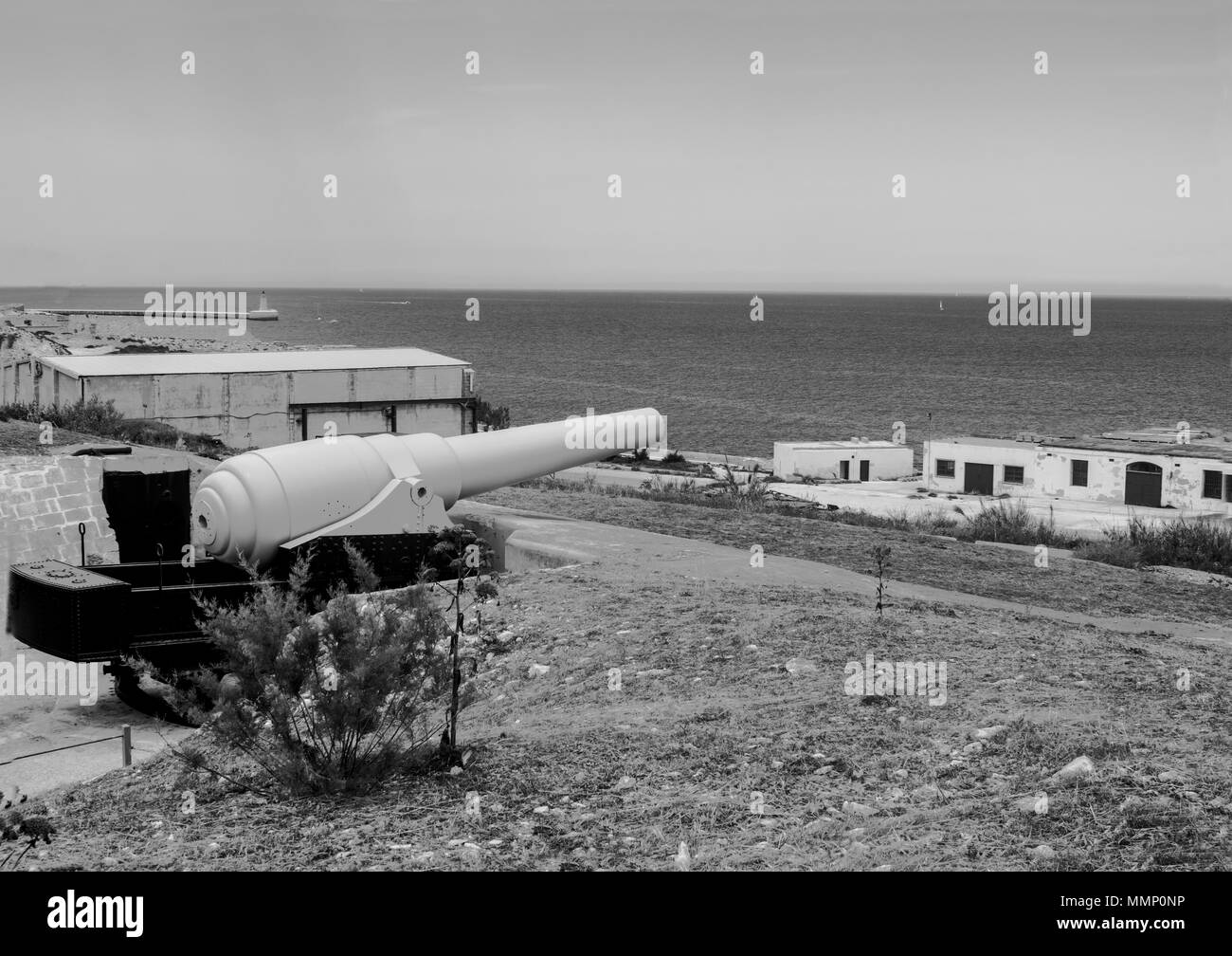 The Fortifications of Fort Rinella showing a restored Armstrong 100 ton gun. - Stock Image
