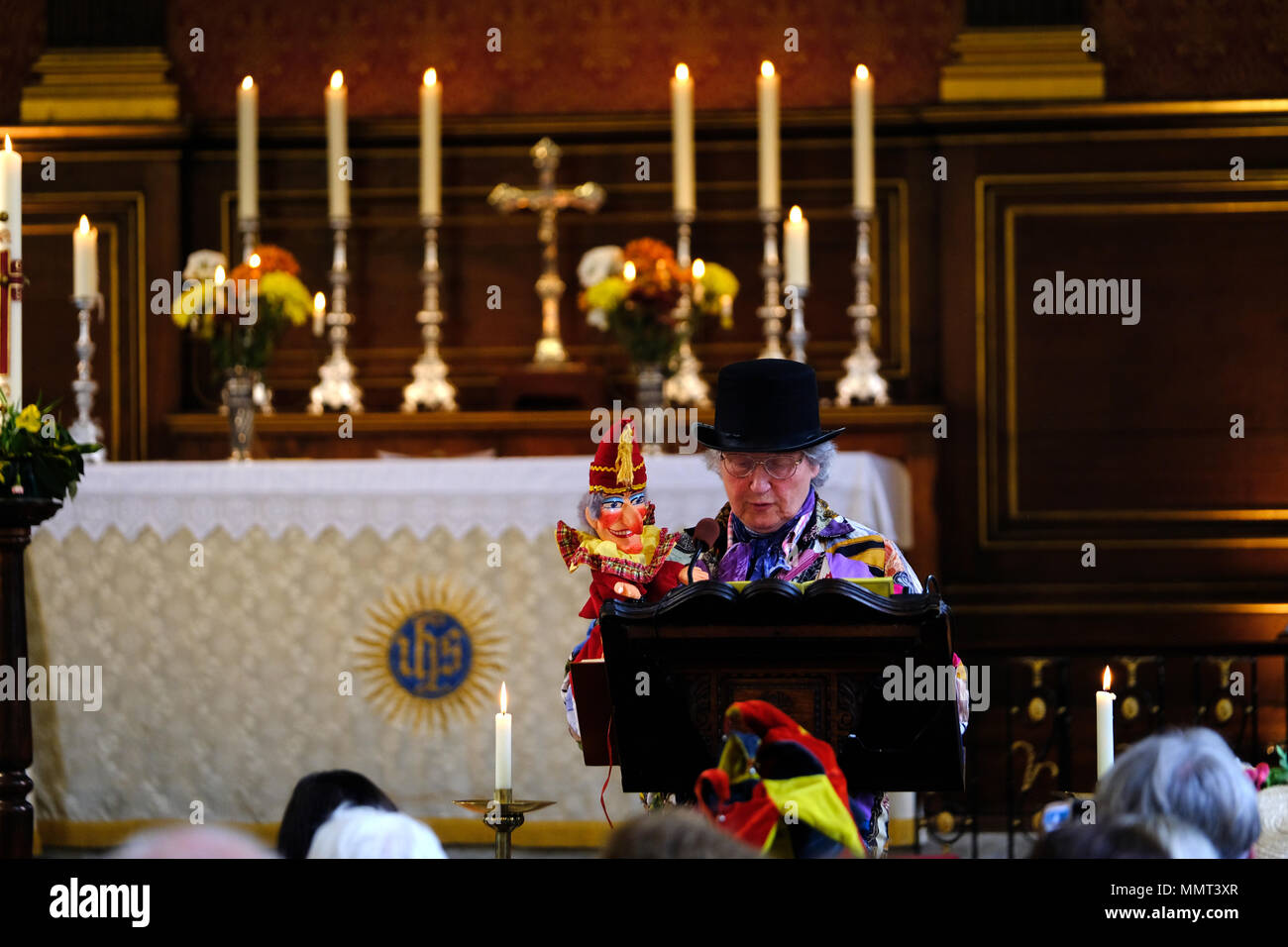 London, UK. 13th May 2018. Annual punch and Judy festival and church service in St Paul's Covent garden, Credit: Rachel Megawhat/Alamy Live News Stock Photo