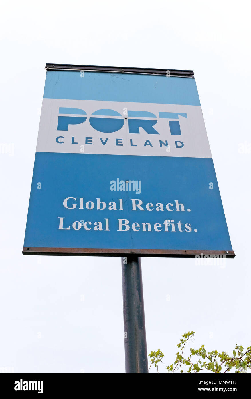 The Port of Cleveland sign with its mantra 'global reach. local benefits' on West 9th Street in downtown Cleveland, Ohio, USA. - Stock Image