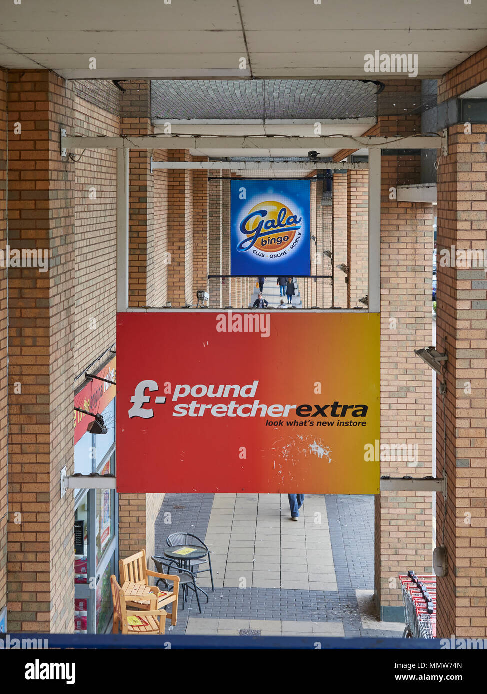 The Gala and Poundstretcher signs above their respective ... Edinburgh Outlet Mall Store Map Of Entrances on