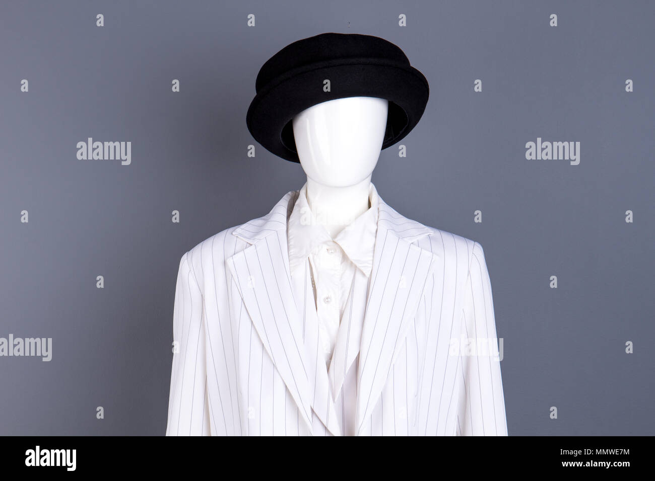 8b79e61f Blazer And Hat Stock Photos & Blazer And Hat Stock Images - Alamy