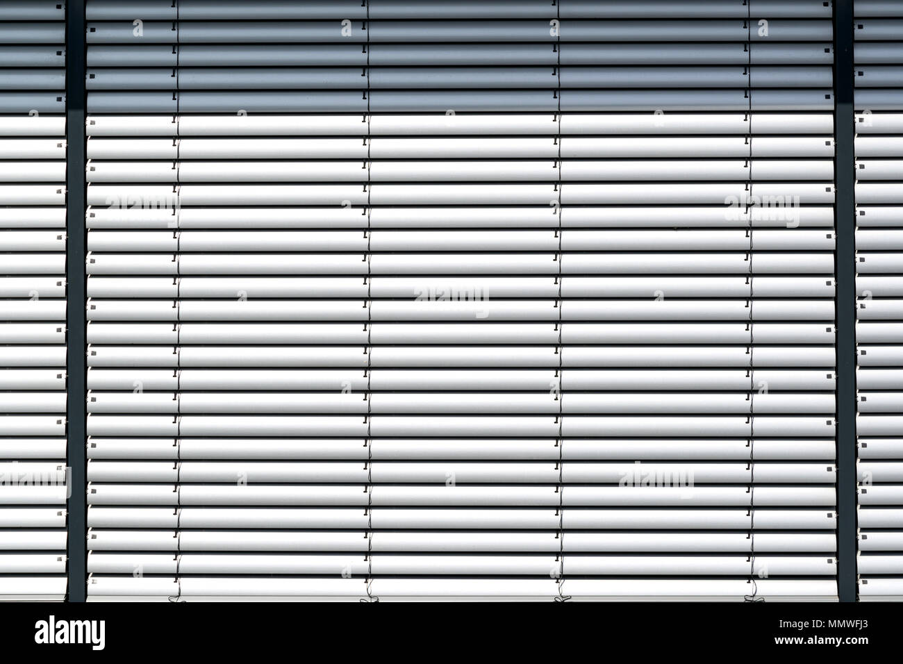 Outdoor Blinds High Resolution Stock Photography And Images Alamy