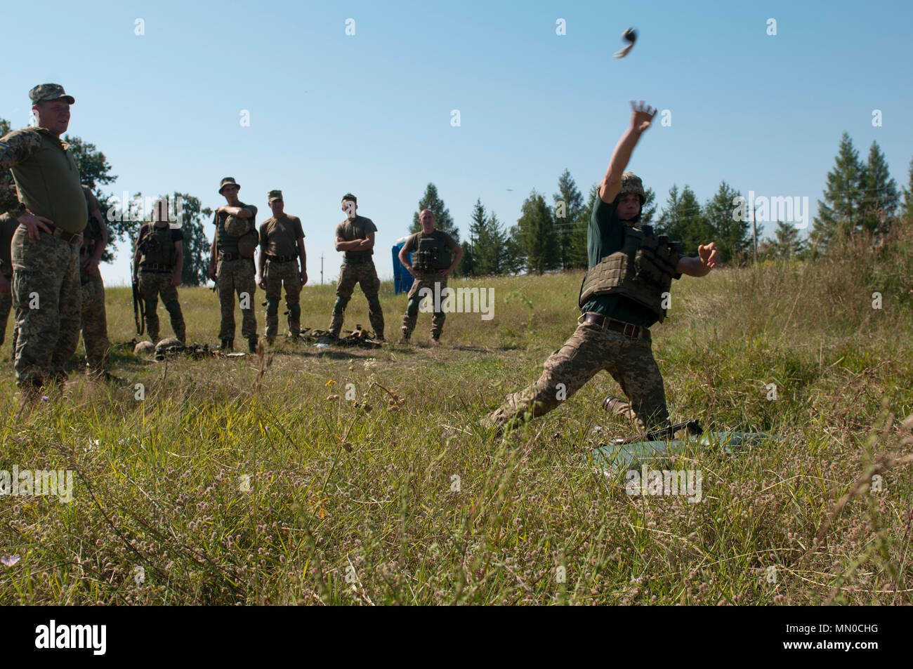 Us Army Infantry Hand Grenade Training And Live Throw – Fondos de