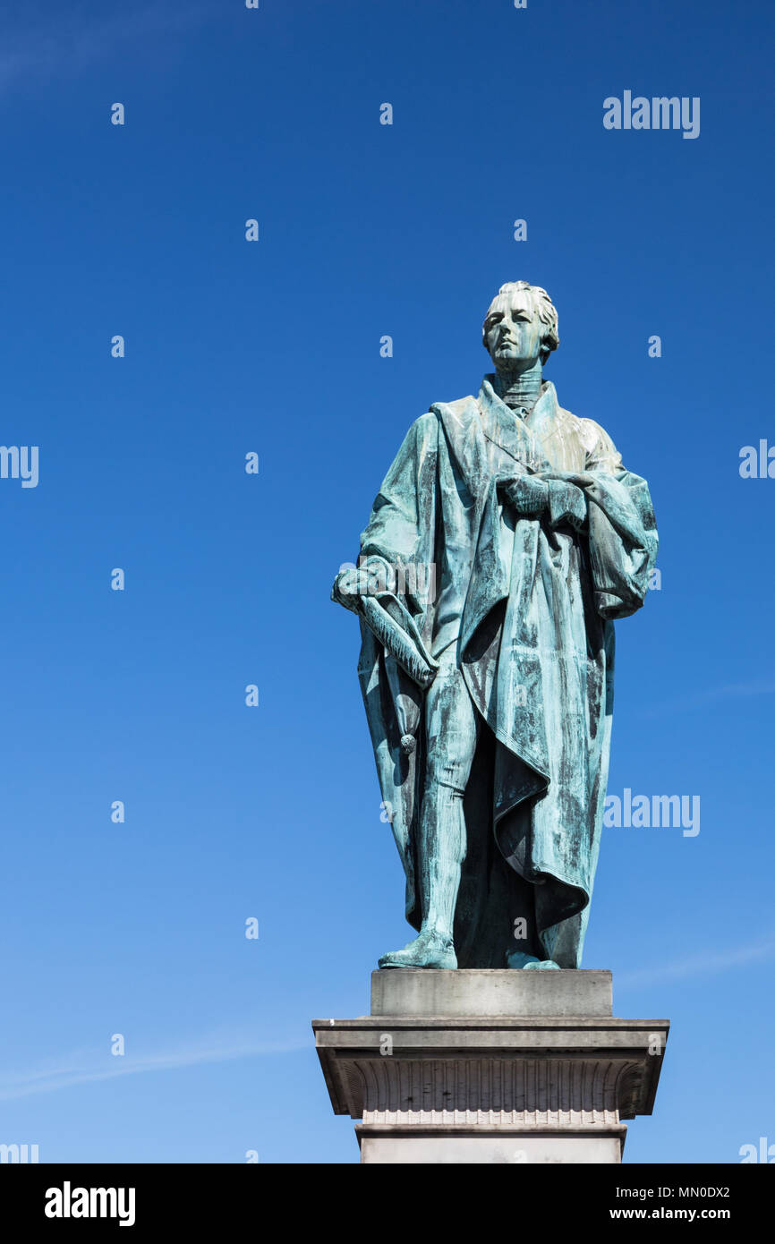 Bronze statue of William Pitt the Younger by Sir Francis Leggatt Chantrey - Stock Image
