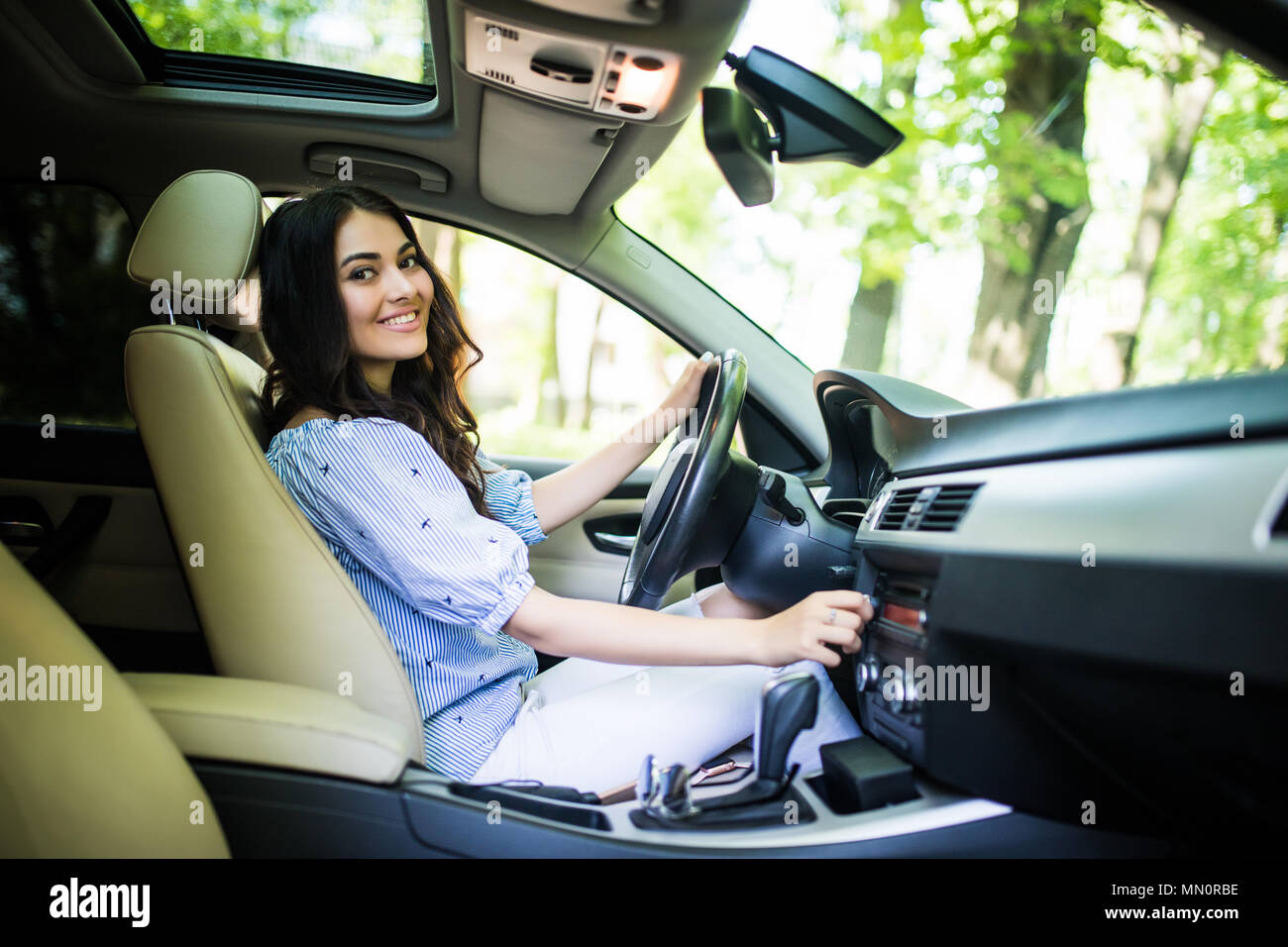 Lady Driver High Resolution Stock Photography And Images Alamy