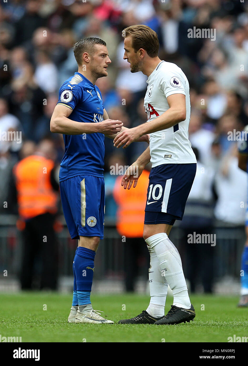 tottenham hotspur s harry kane shakes hands with leicester city s jamie vardy at full time during the premier league match at wembley stadium london stock photo alamy https www alamy com tottenham hotspurs harry kane shakes hands with leicester citys jamie vardy at full time during the premier league match at wembley stadium london image185030122 html