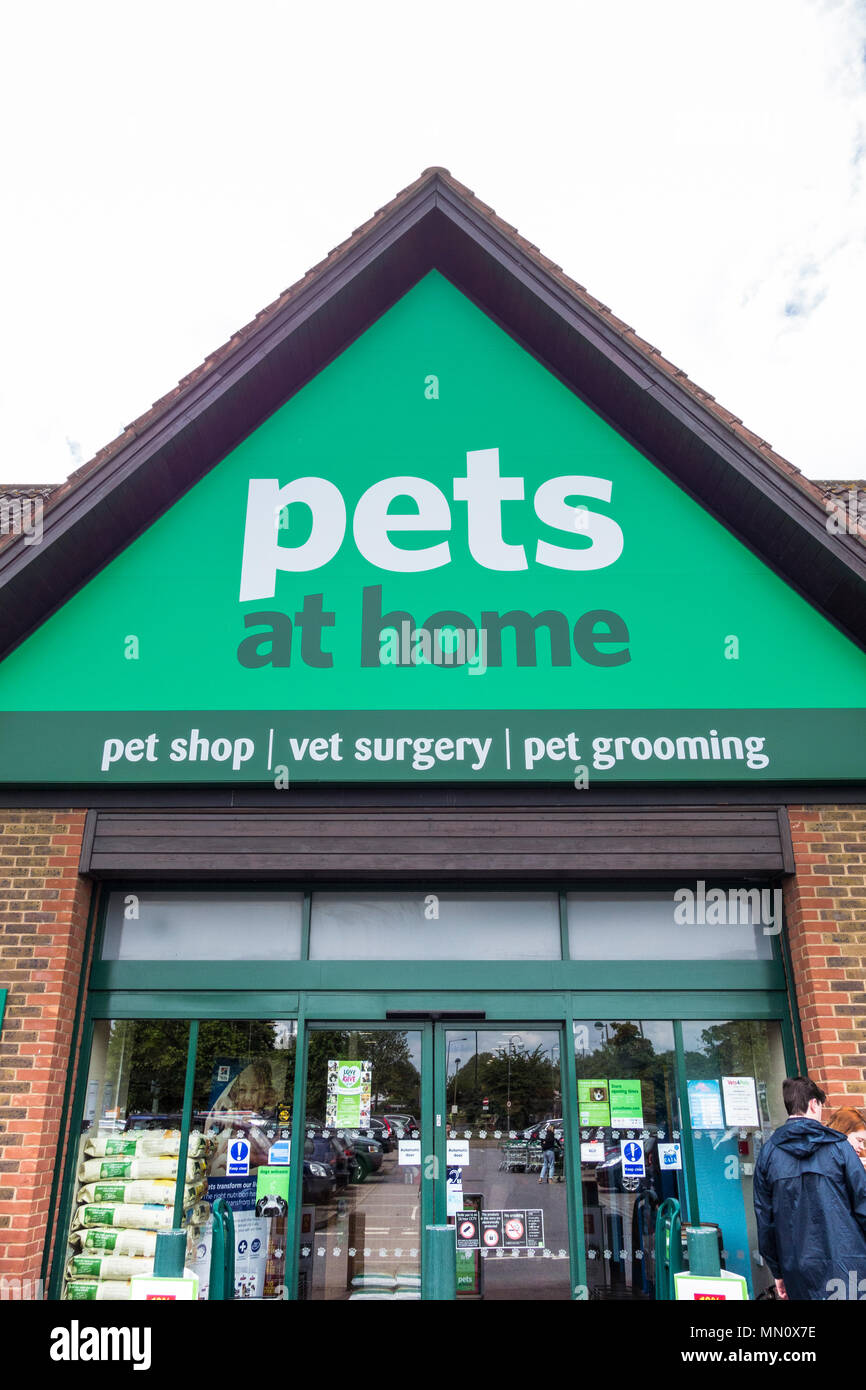 Pets At Home Logo High Resolution Stock Photography And Images Alamy