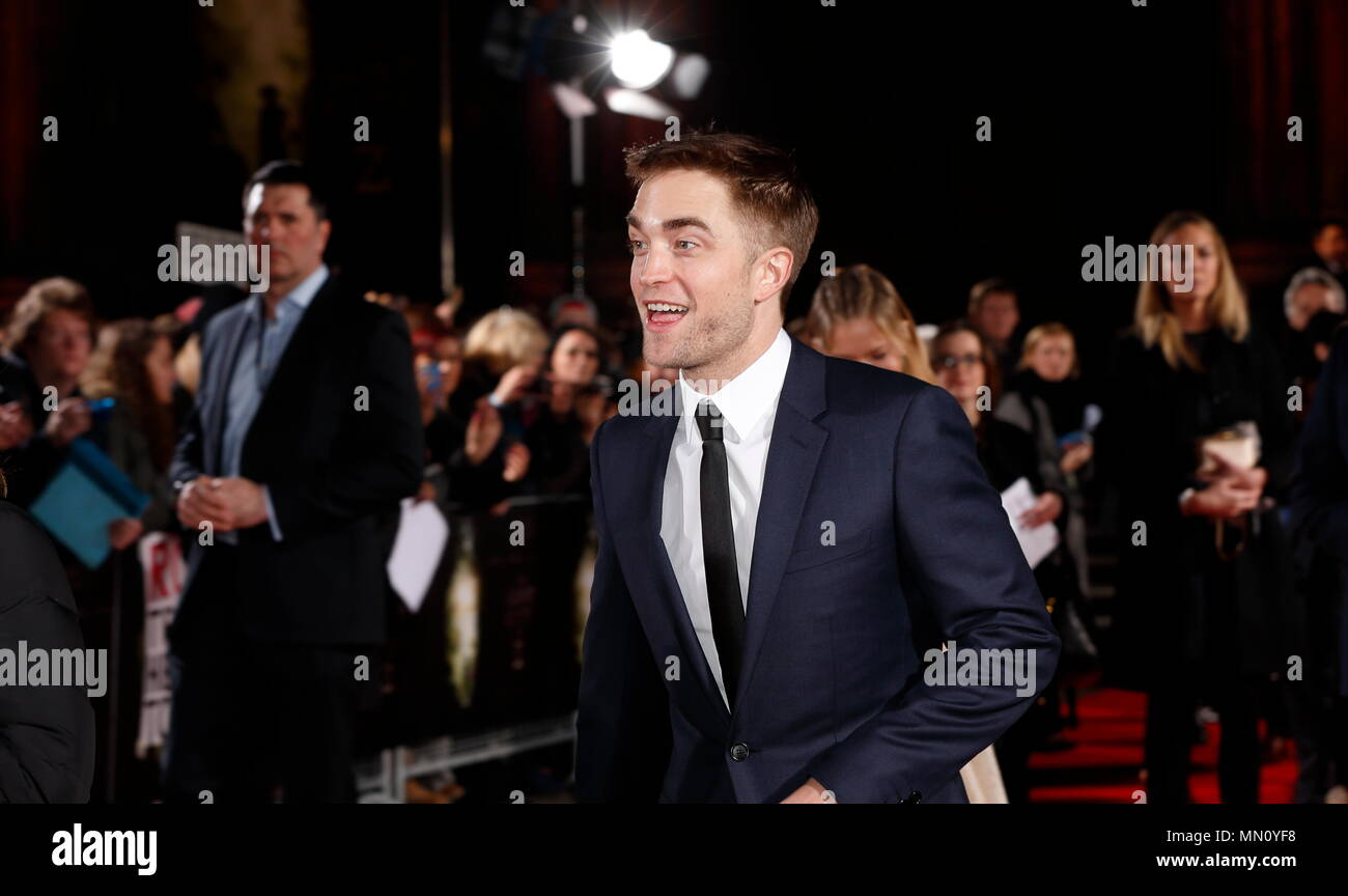 LONDON, ENGLAND - FEBRUARY 16: Robert Pattinson who plays Henry Costing reacts to the arrival of his girlfriend FKA Twigs at The Lost City of Z UK premiere on February 16, 2017 in London, - Stock Image