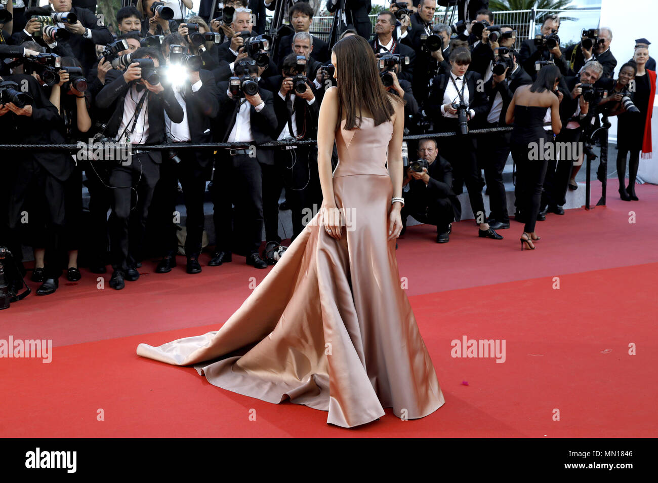 Bella Hadid attending the 'Ash Is Purest White / Jiang hu er nv' premiere during the 71st Cannes Film Festival at the Palais des Festivals on May 11, 2018 in Cannes, France | usage worldwide Stock Photo