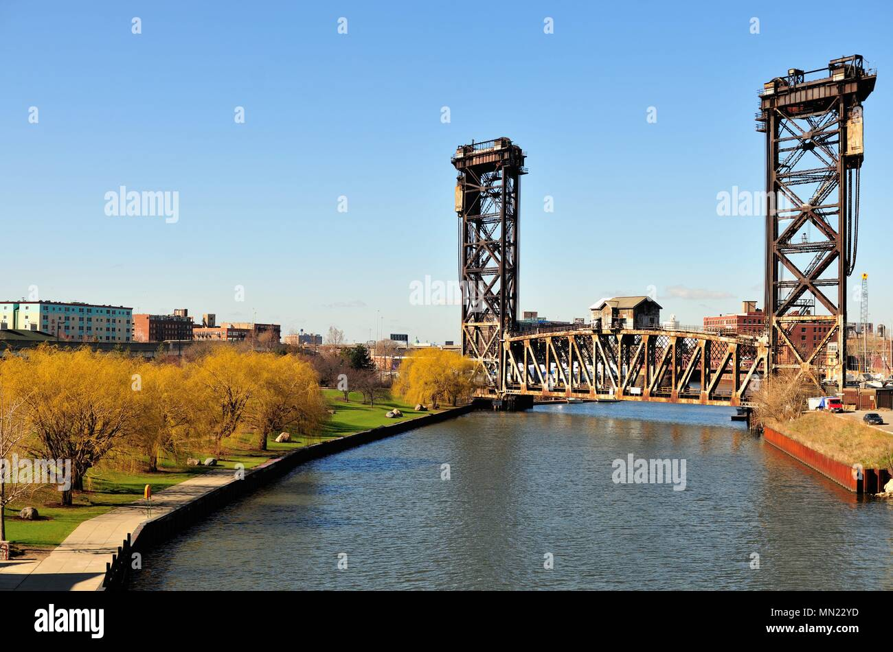 Chicago, Illinois, USA. Chicago's venerable Canal Street Railroad Bridge over the South Branch of the South Branch of the Chicago River. - Stock Image