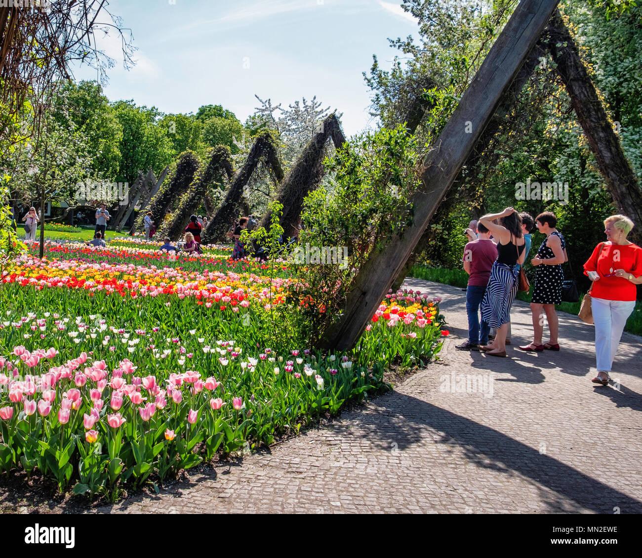 3f3efac8ba323f Britzer Garten