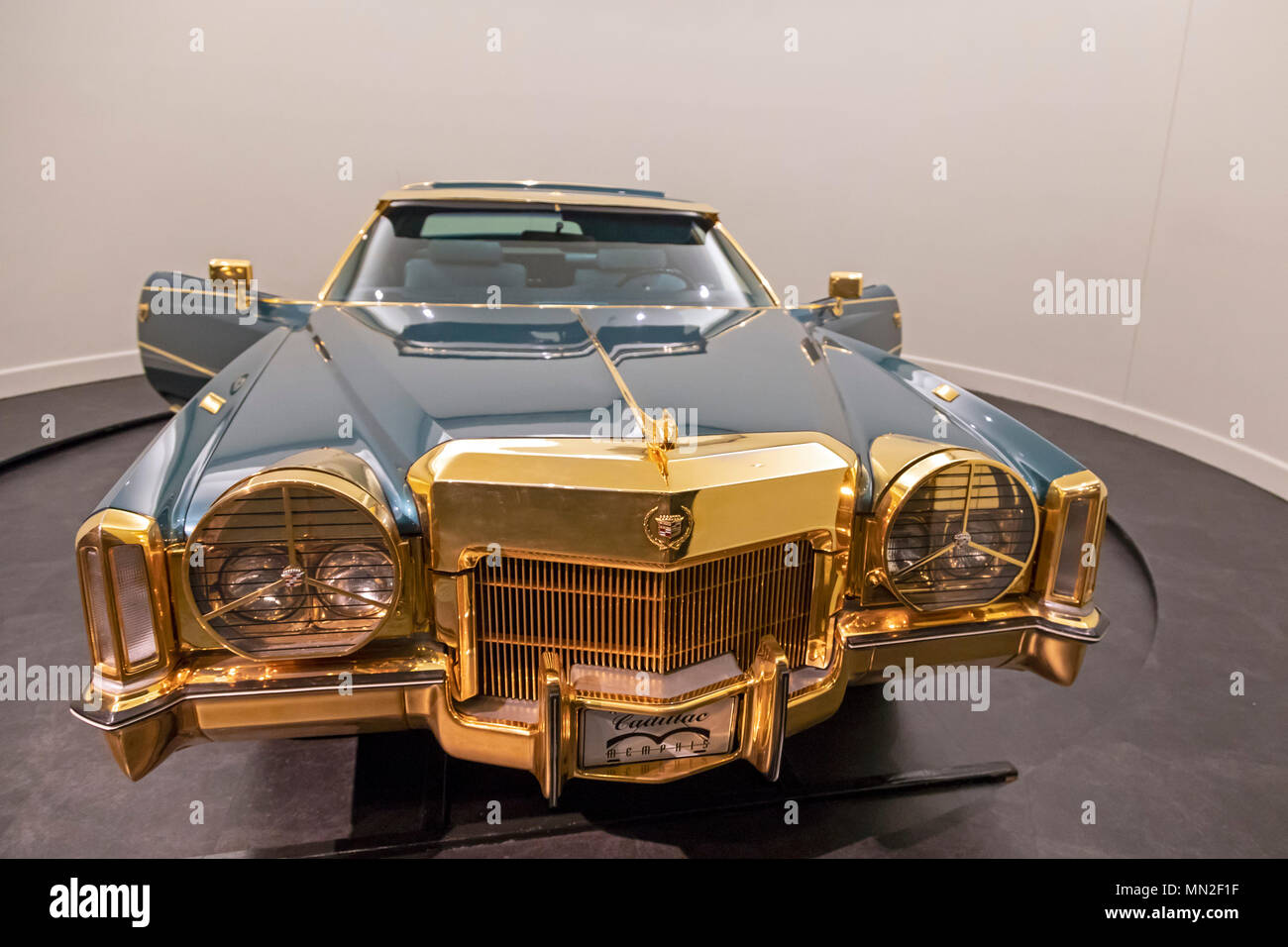 Memphis, Tennessee - Isaac Hayes' Cadillac on display at the Stax Museum of American Soul Music, the former location of Stax Records. - Stock Image