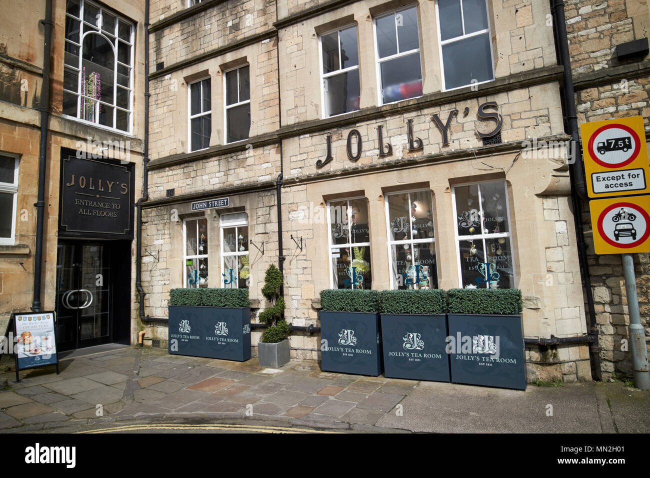 Bath Store Stock Photos & Bath Store Stock Images - Alamy