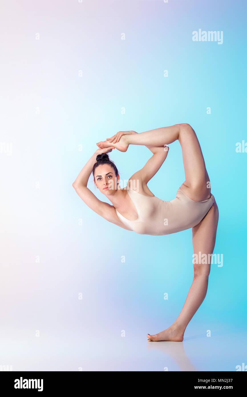 Yoga Girl Doing Split In Stock Photos & Yoga Girl Doing Split In