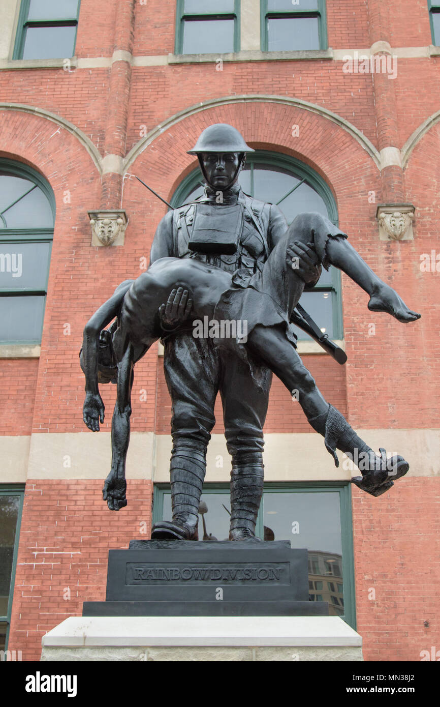 The Rainbow Soldier statue memorializing the Alabama National Guard's 167th Infantry Regiment's role in World War I in Montgomery, Alabama, Aug. 28, 2017. (Photo by Army Sgt. William Frye.) - Stock Image