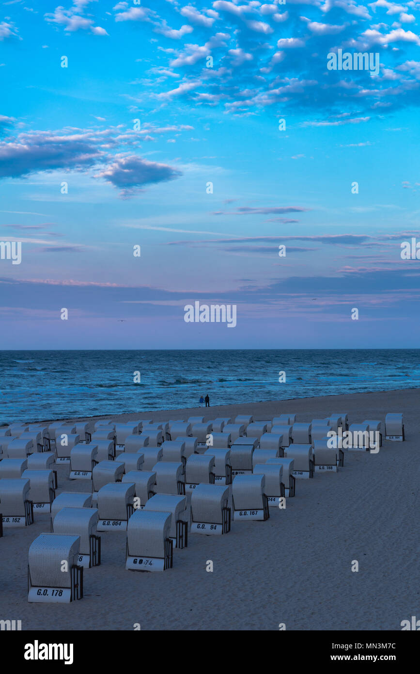Beach chairs lined-up on the Baltic Sea beach, Sellin, Mecklenburg-Vorpommern, Mecklenburg-West Pomerania, Deutschland, Germany - Stock Image