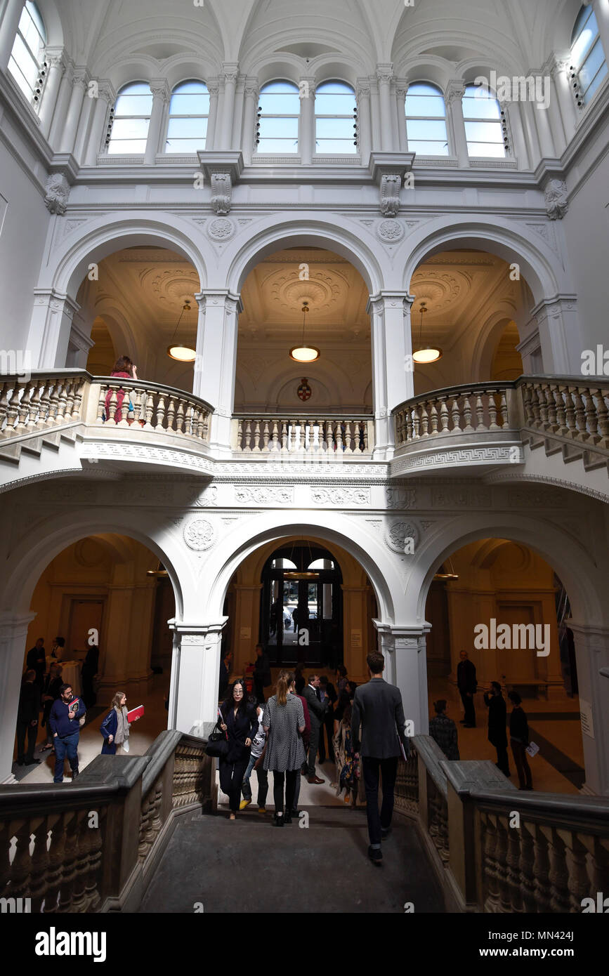 London, UK.  14 May 2018. General view of renovated interior space at a photocall for the opening of the new Royal Academy of Arts (RA) in Piccadilly.  As part of the celebrations for its 250th anniversary year, redevelopment has seen the RA's two buildings, 6 Burlington Gardens and Burlington House, united into one extended campus and art space extending from Piccadilly to Mayfair. Credit: Stephen Chung/Alamy Live News - Stock Image