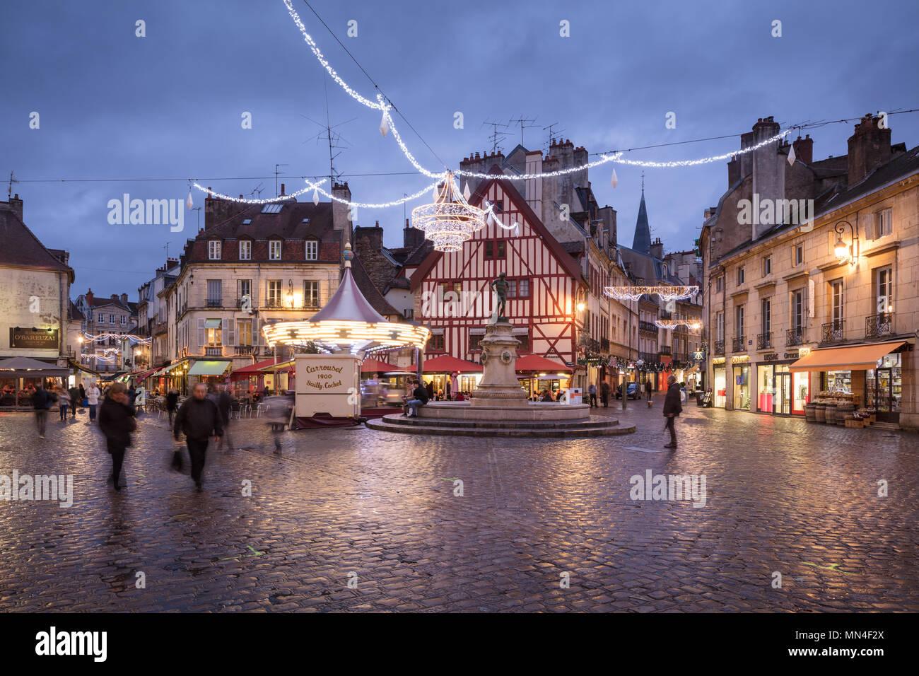 Place Froncois Rude at dusk, Dijon, Bourgogne, France Stock Photo