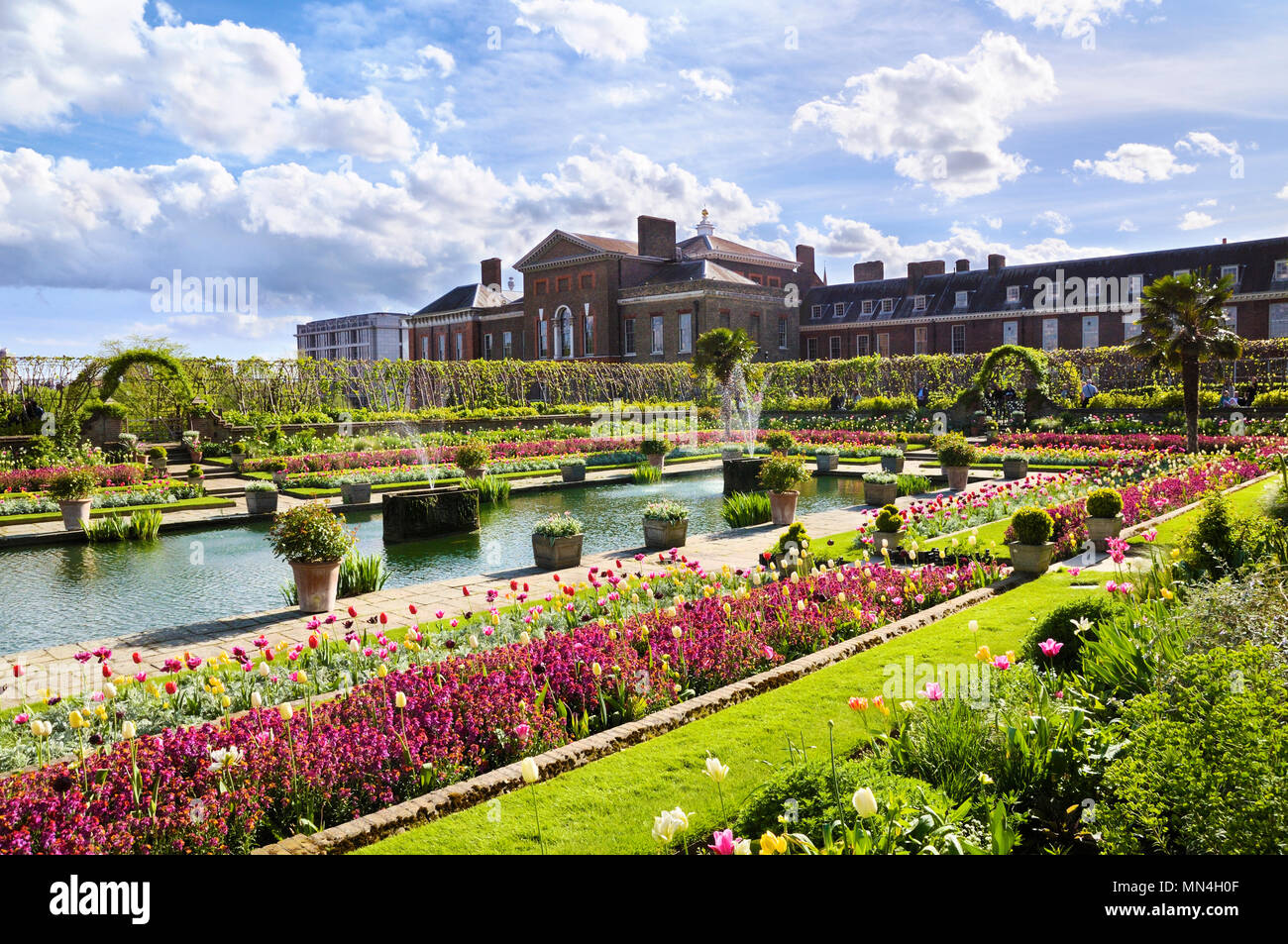 Beautiful floral display in the Sunken Garden at Kensington Palace, Royal Borough of Kensington and Chelsea, London, England, UK - Stock Image