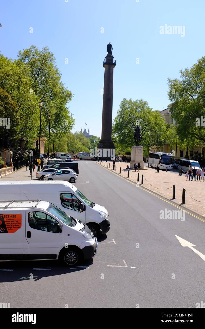 Duke of York column and Edward VII Memorial Statue on Waterloo Steps between Carlton House Terrace, St James's, London, UK - Stock Image