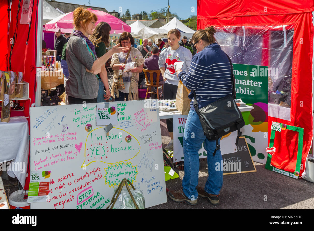 Repeal the 8th/Vote Yes table for the upcoming abortion referendum at Skibbereen Farmers Market, County Cork, Ireland. - Stock Image