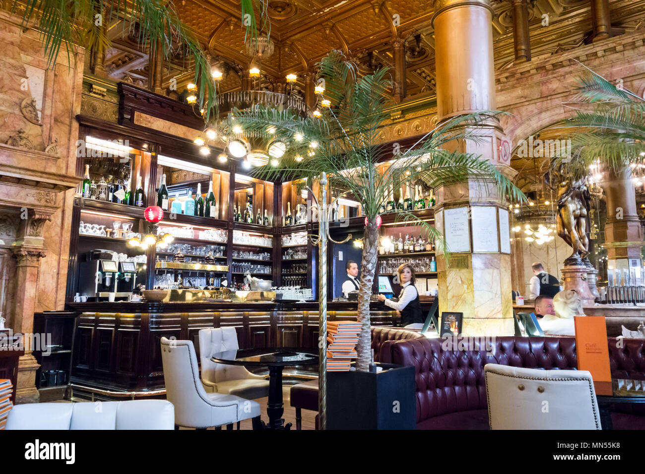 Interior of the Cafe Metropole in Brussels - Stock Image