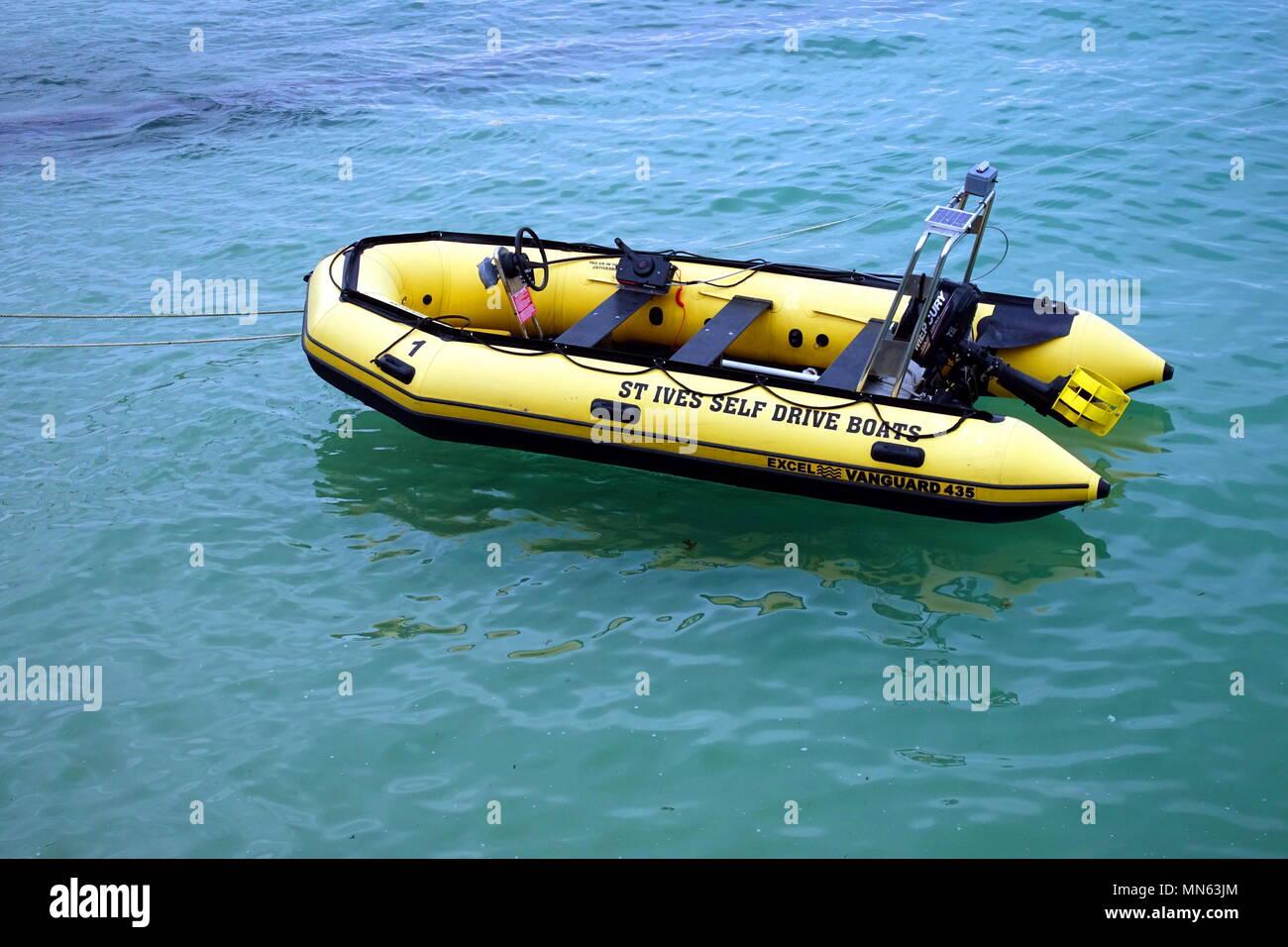 Self Inflatable Raft