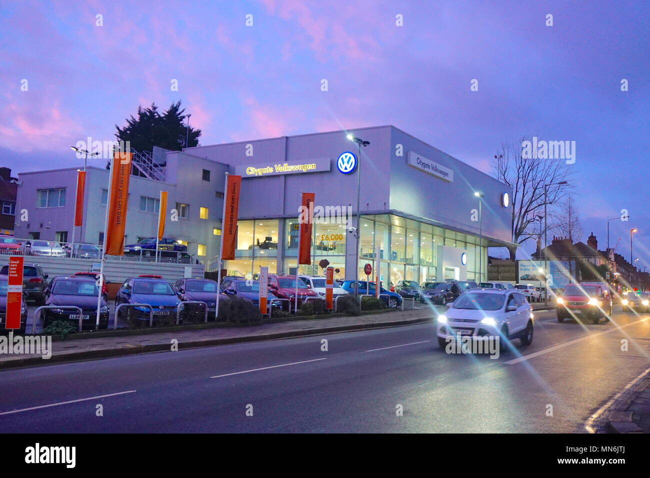 Vw Dealership Mn >> Vw Dealership Colindale London Uk England Stock Photo