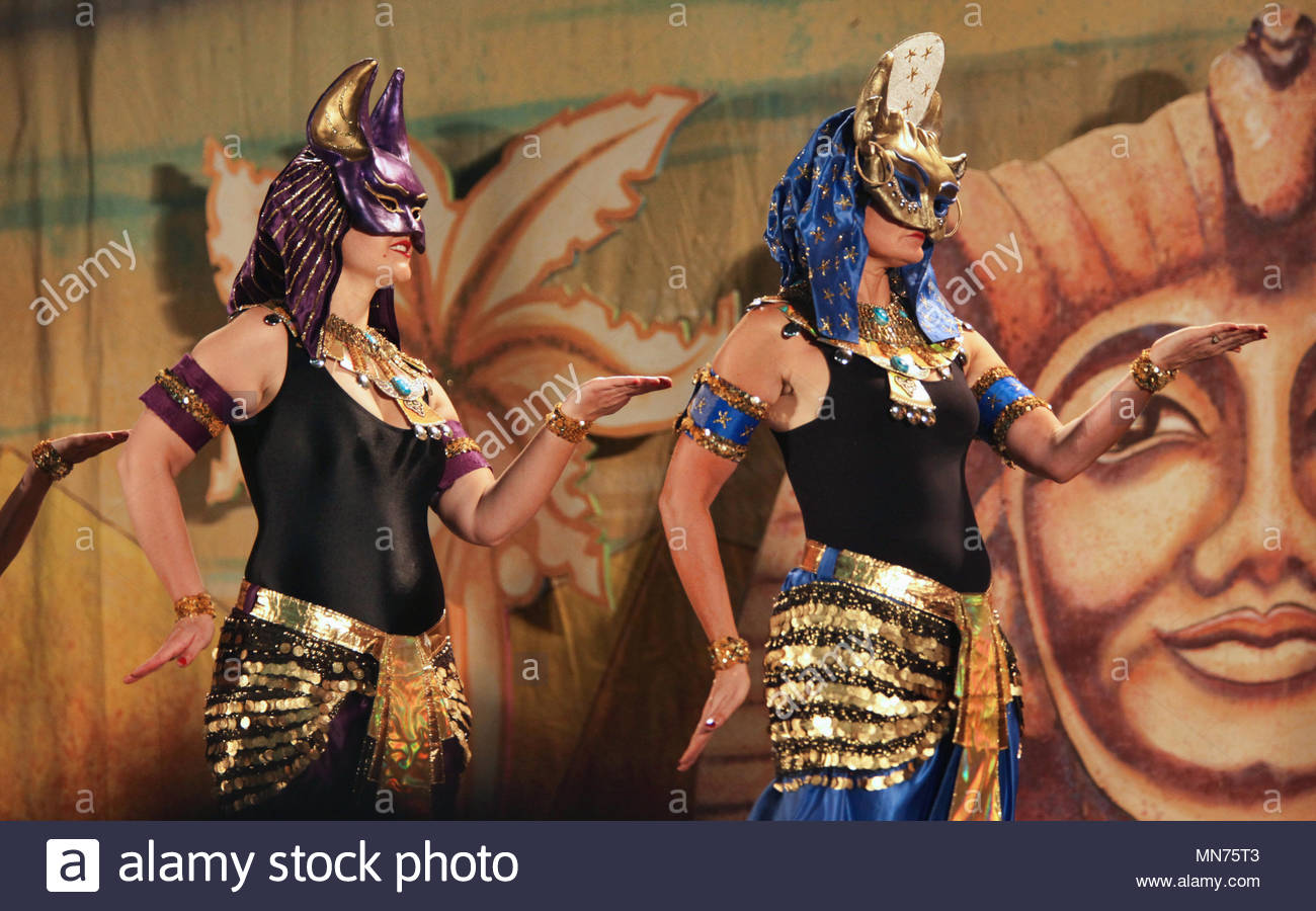 Ancient egyptian dancers sorry