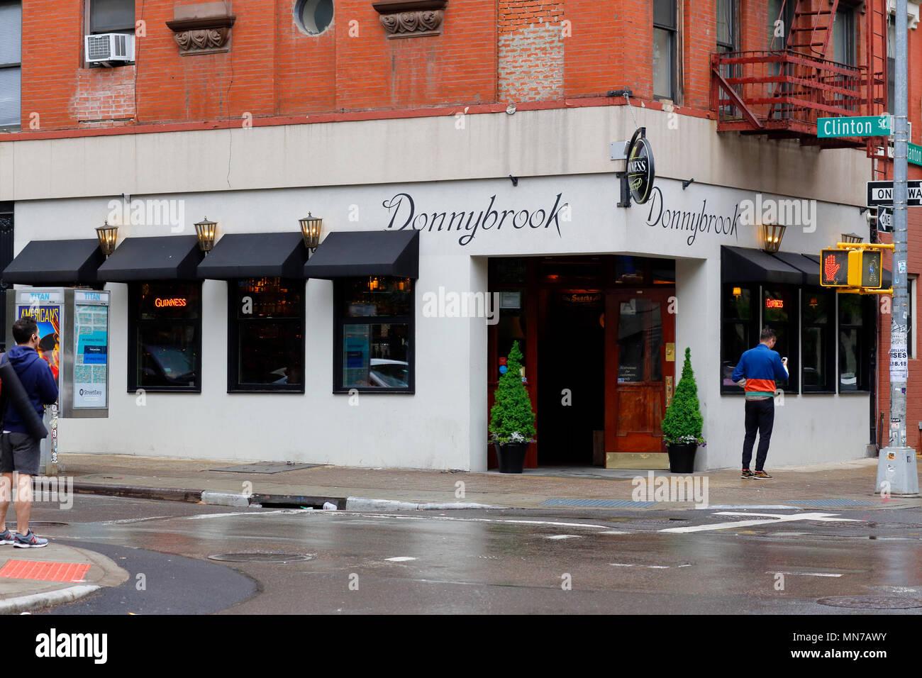 Donnybrook, 35 Clinton St, New York, NY - Stock Image