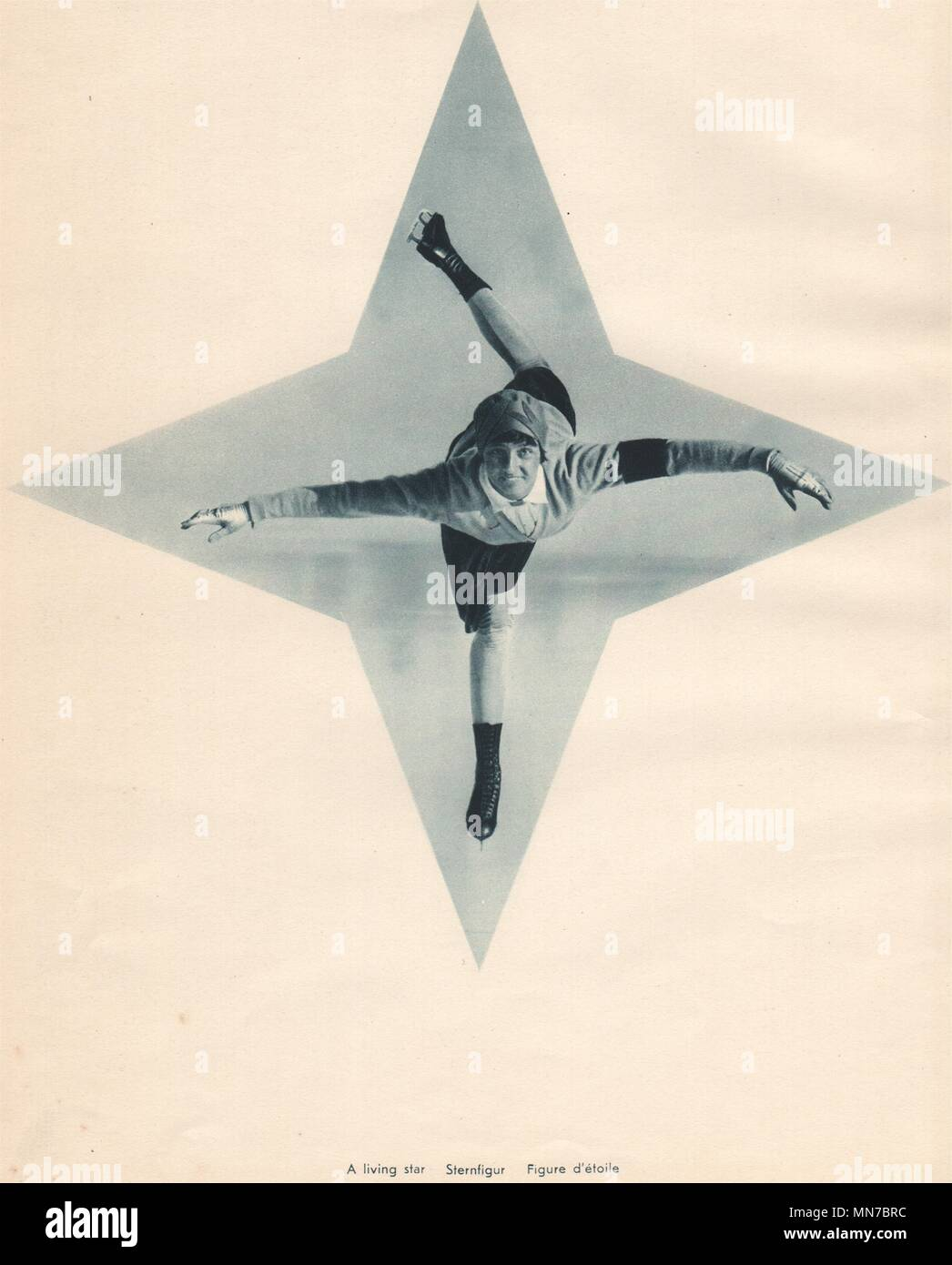 ICE FIGURE SKATING. A living star - Sternfigur - Figure d'étoile 1935 print - Stock Image