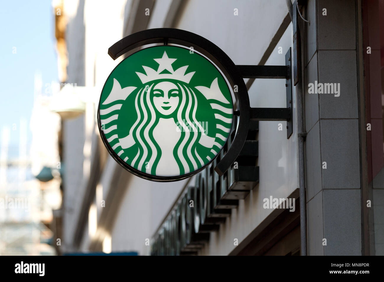 Starbucks Logo Stock Photos Starbucks Logo Stock Images Alamy