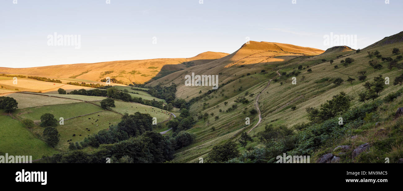 Last light on Mount Famine and South Head, upper Sett Valley, near Hayfield, Peak District National Park, Derbyshire - Stock Image